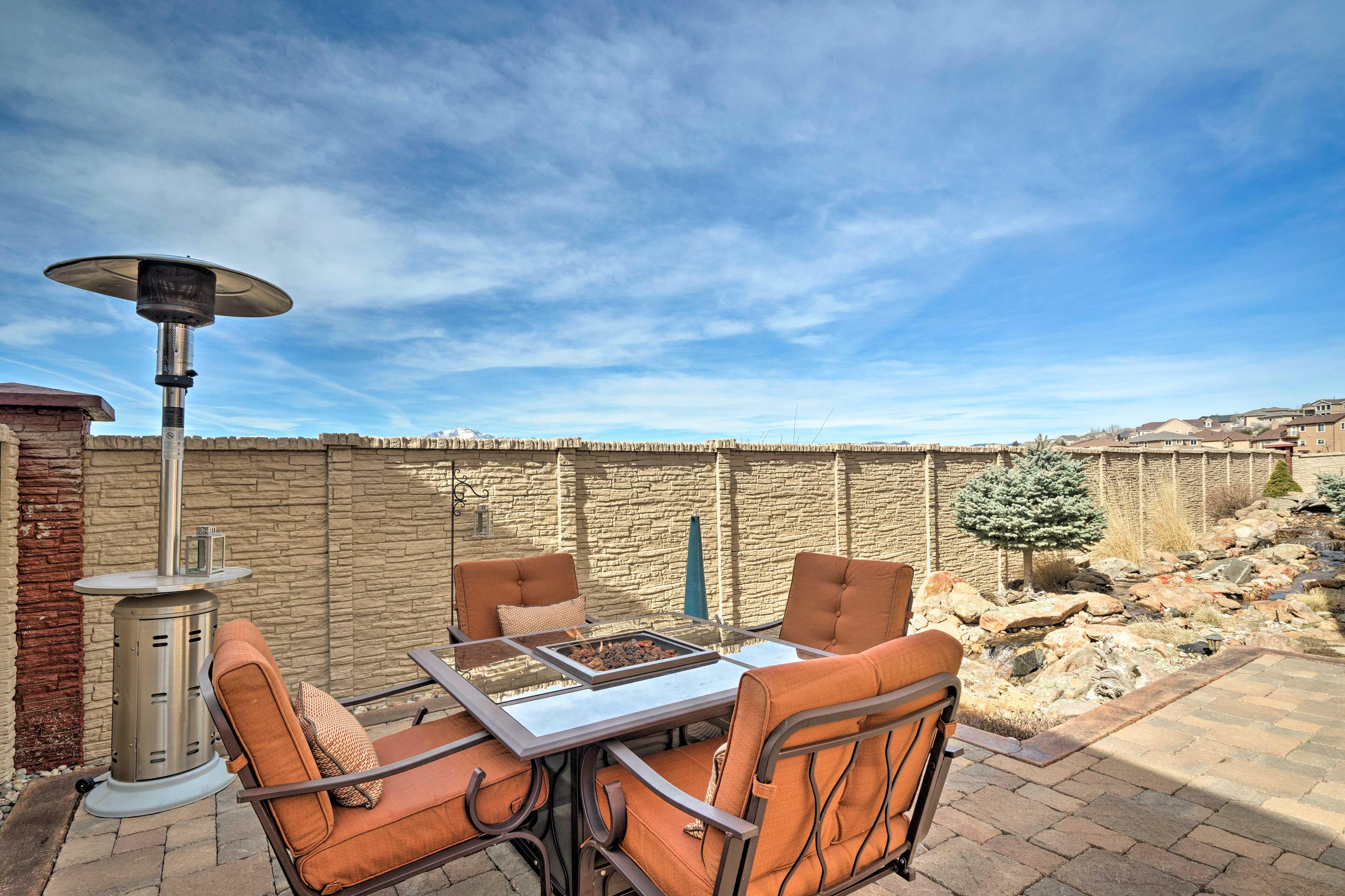 This Colorado Springs vacation rental has room for everyone!!