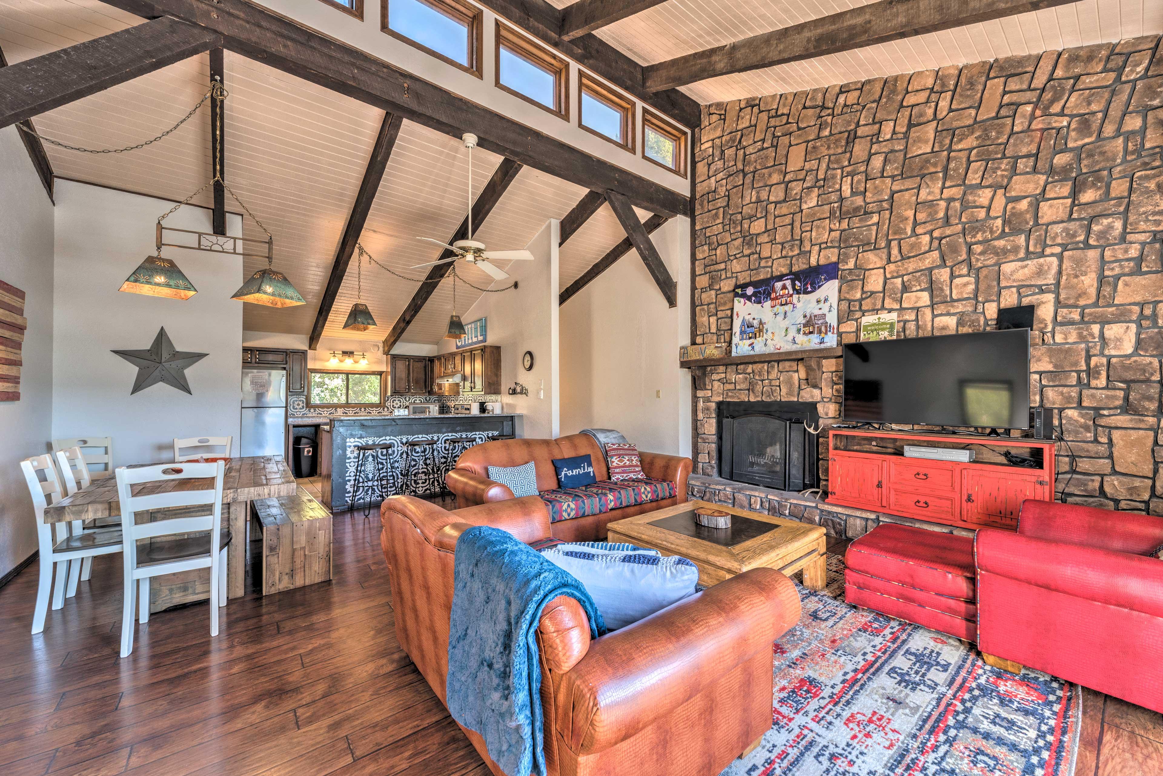 Living Room | Smart TV | Exposed Wood Beams