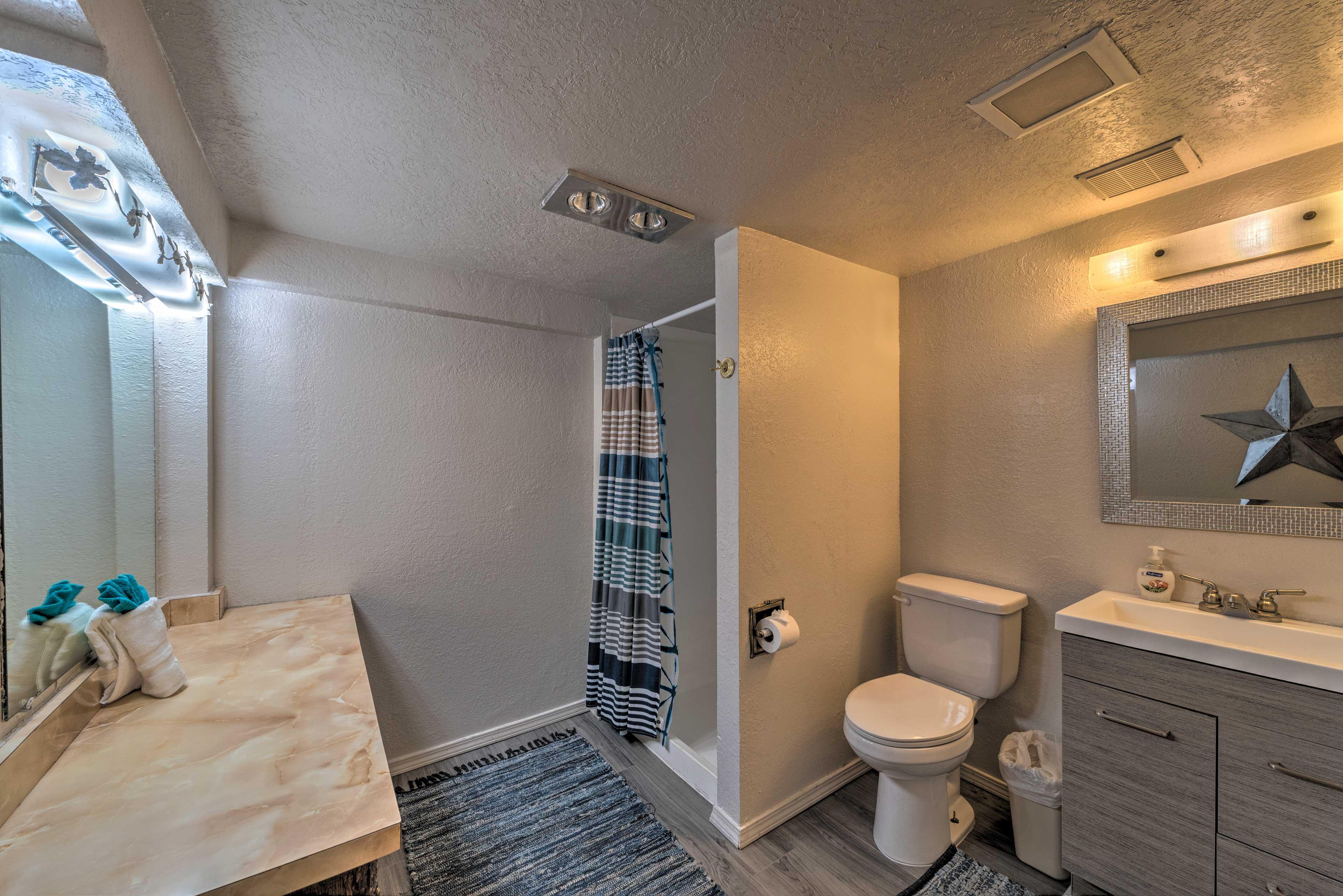 Full Bathroom 5