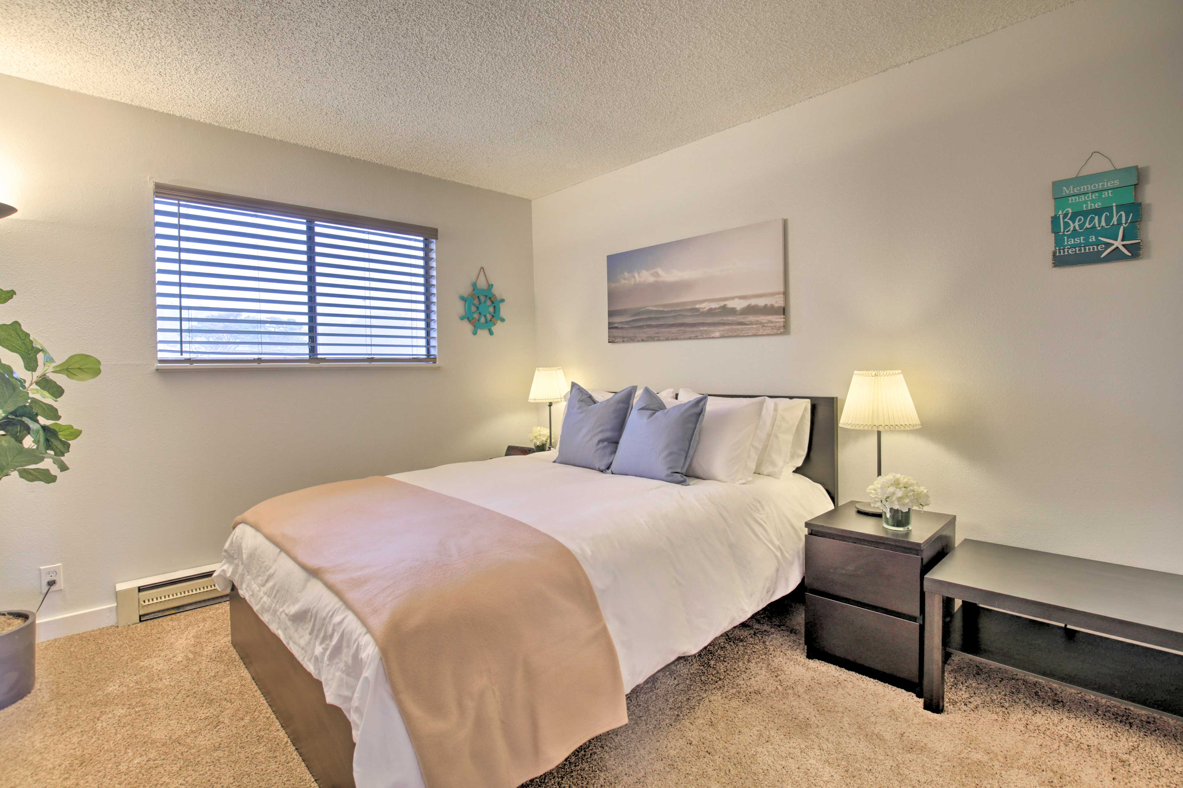 The master bedroom boasts a comfy queen-sized bed for 2.