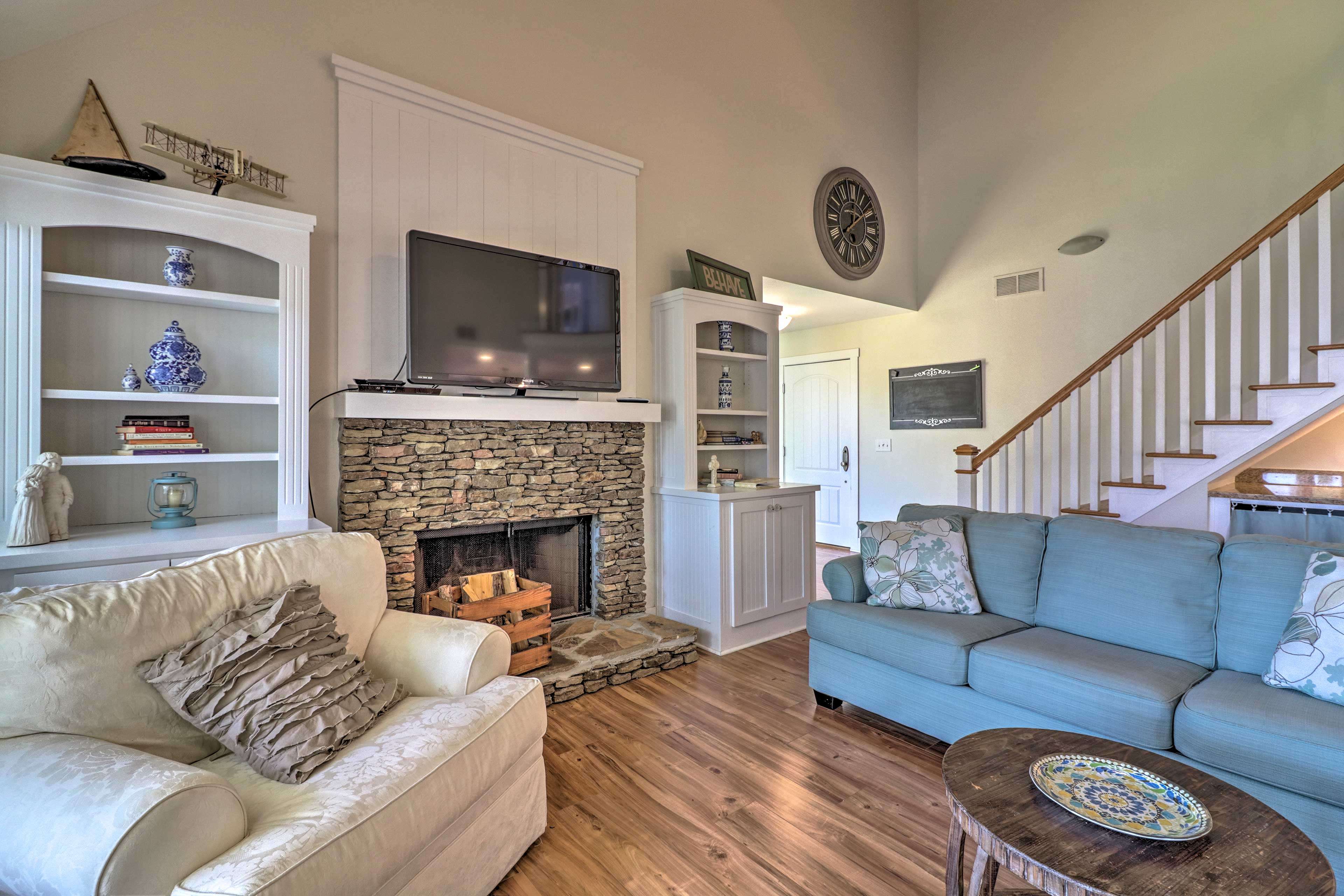 Visiting during the winter? Take advantage of the wood-burning fireplace!
