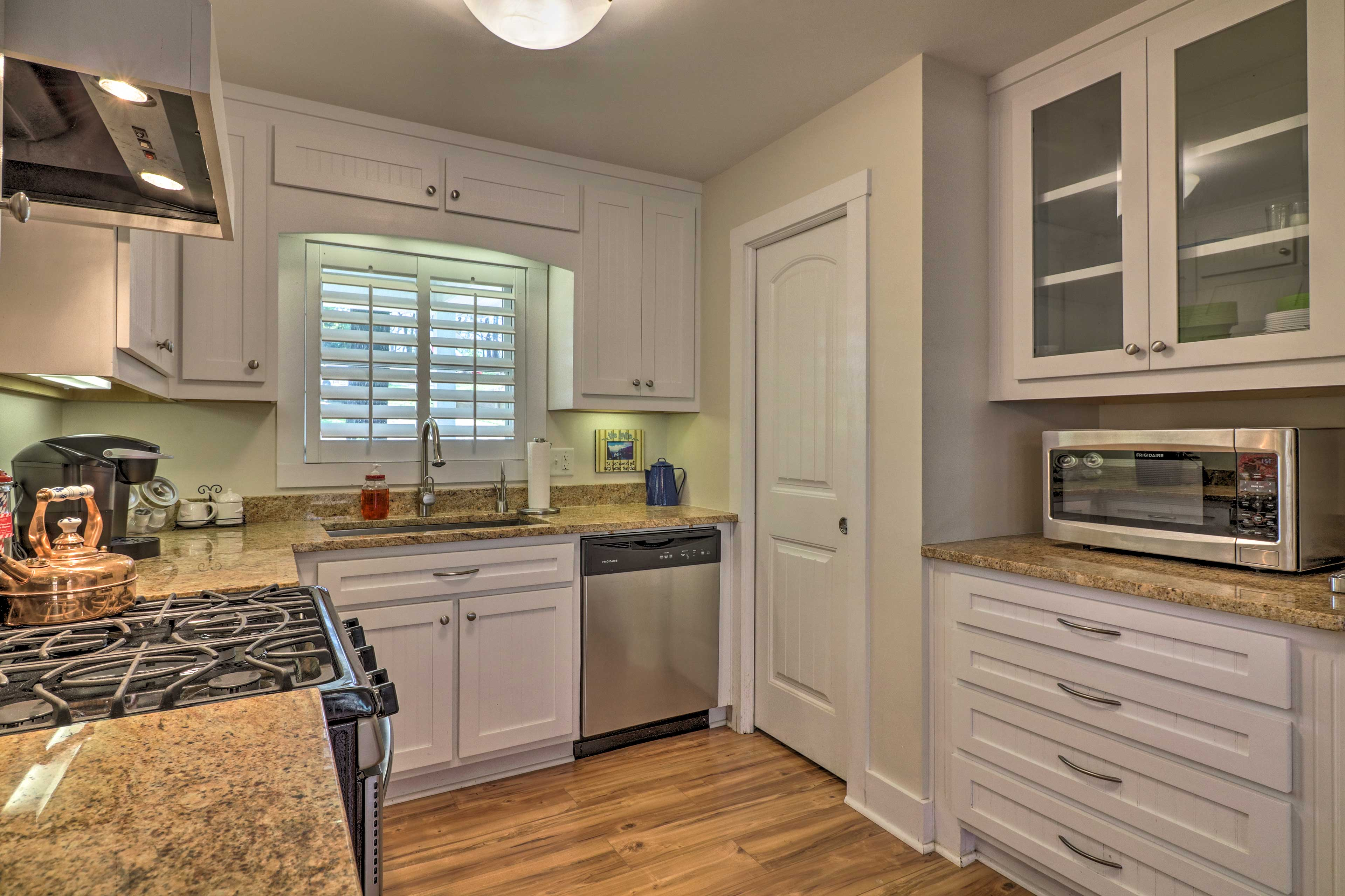 A large sink and dishwasher make cleanup a breeze.