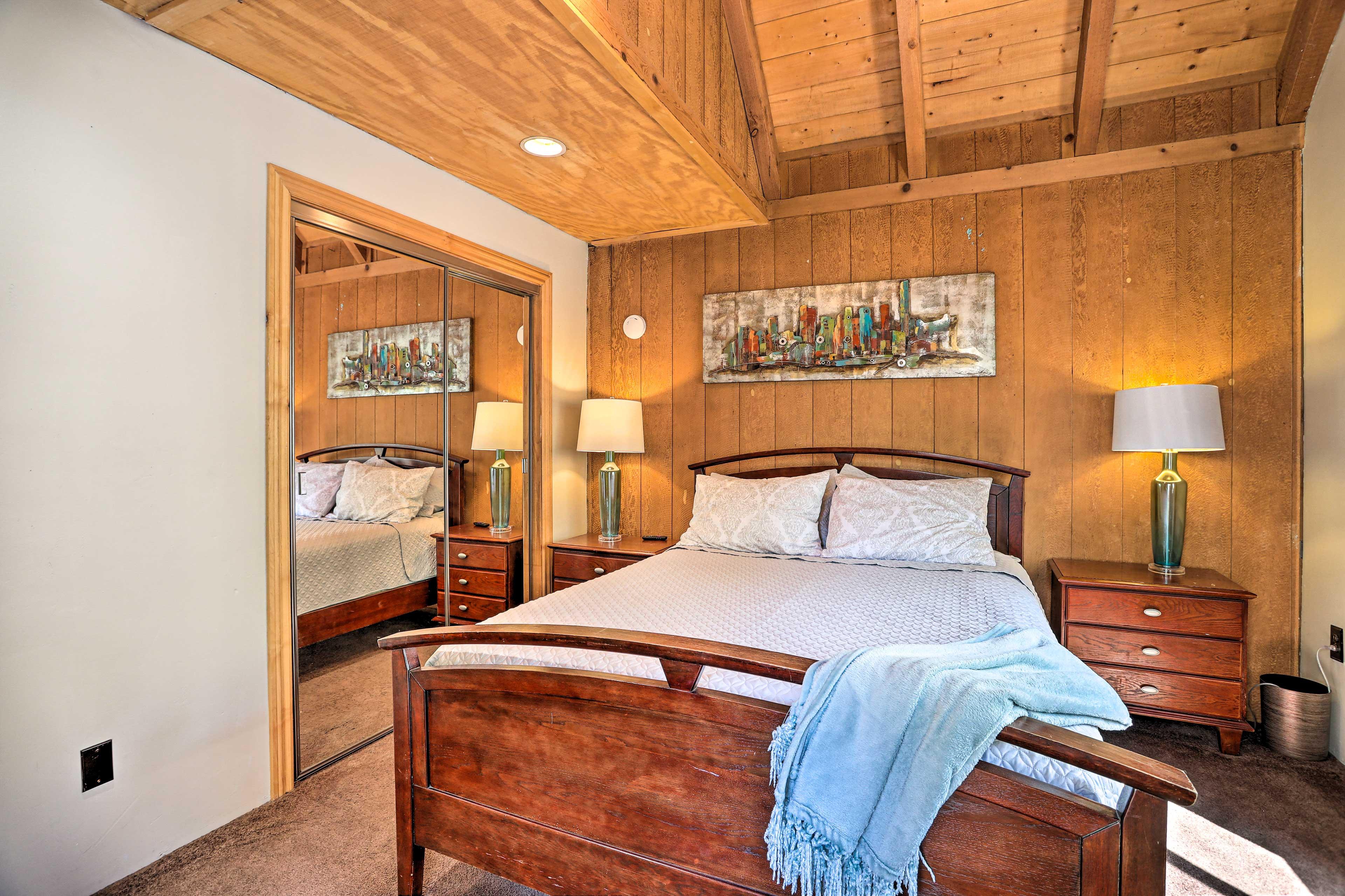 Bedroom 2 | Queen Bed | Full Sleeper Sofa