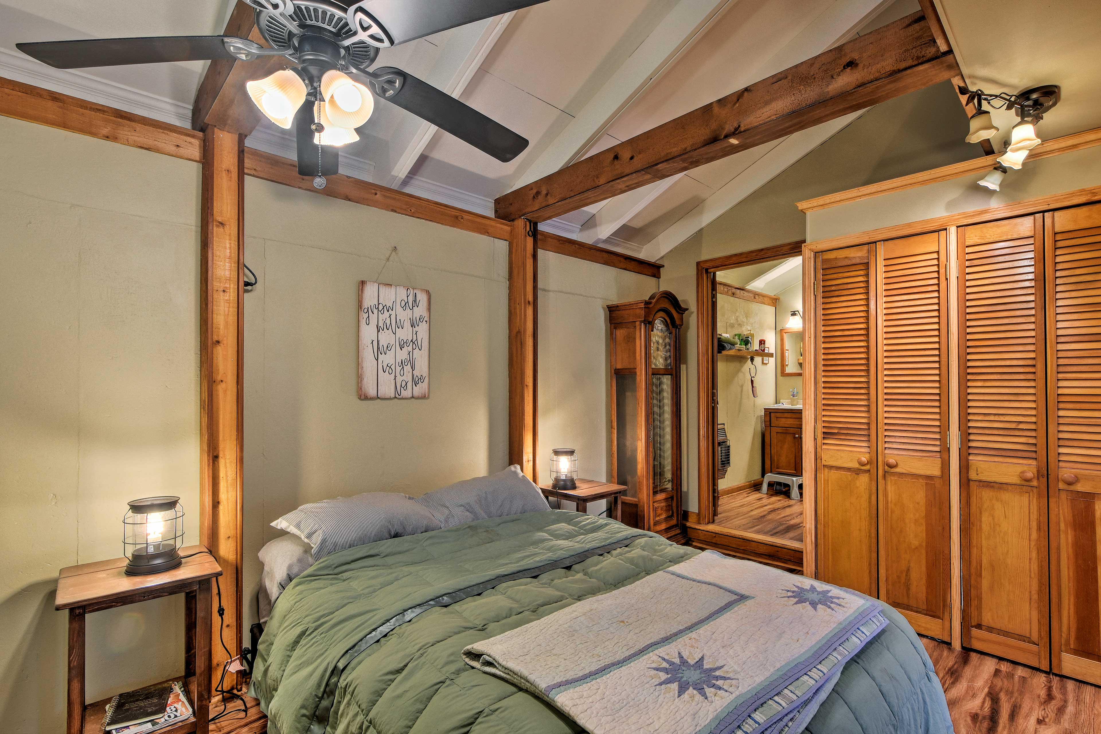 The cabin exudes a cozy, rustic style.