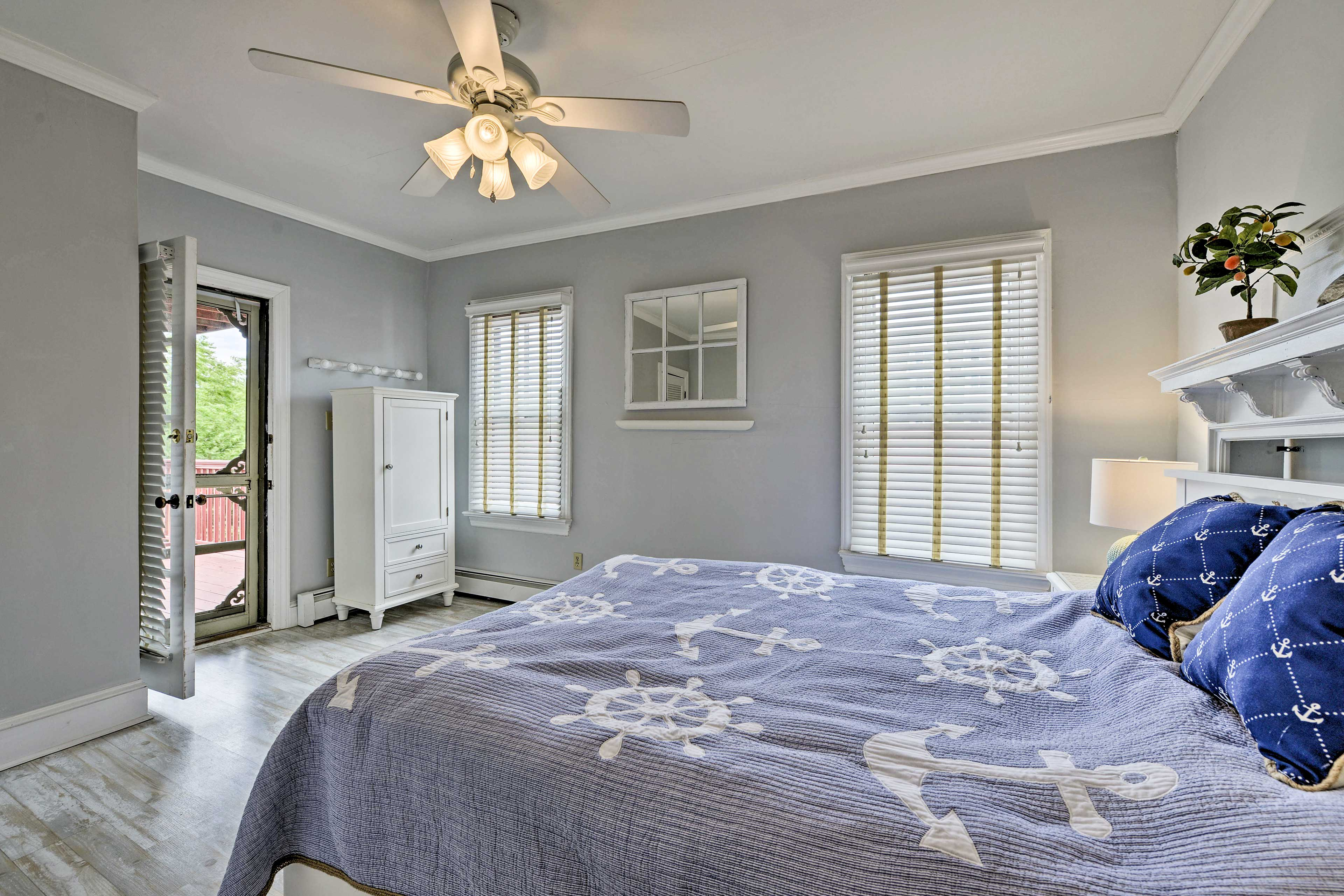 Open the door to the master bedroom for some fresh air!