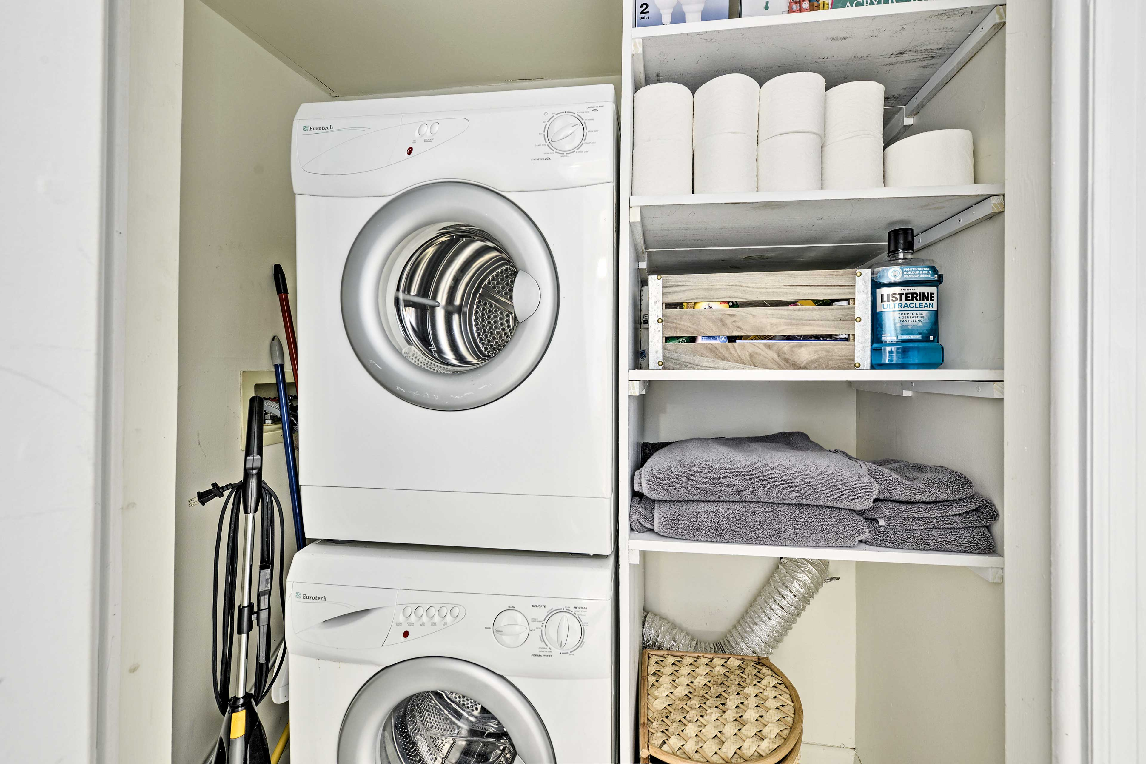In-unit laundry machines make washing a breeze.