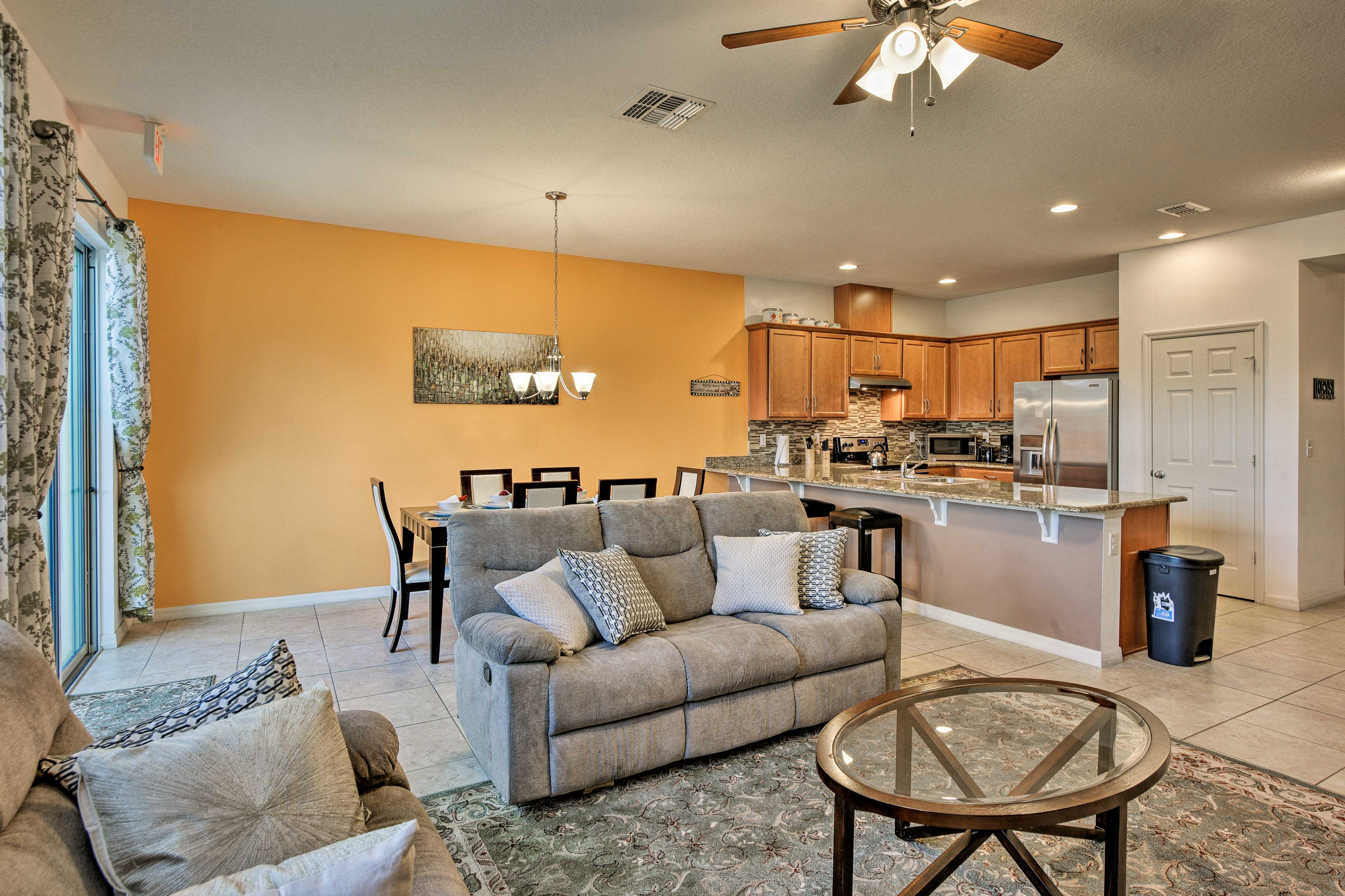Spread out across over 1,600 square feet of living space.