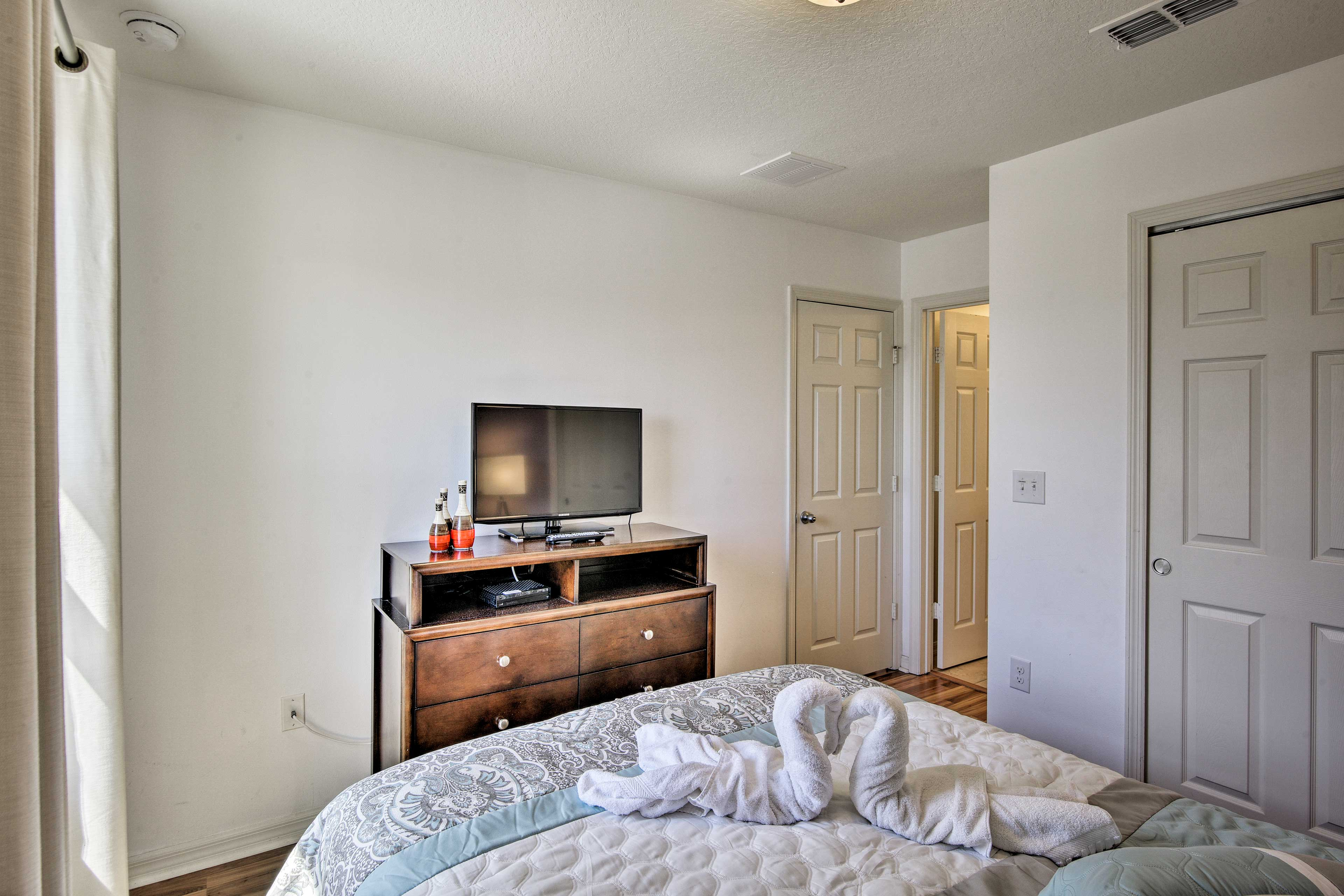 Each room has a flat-screen TV!