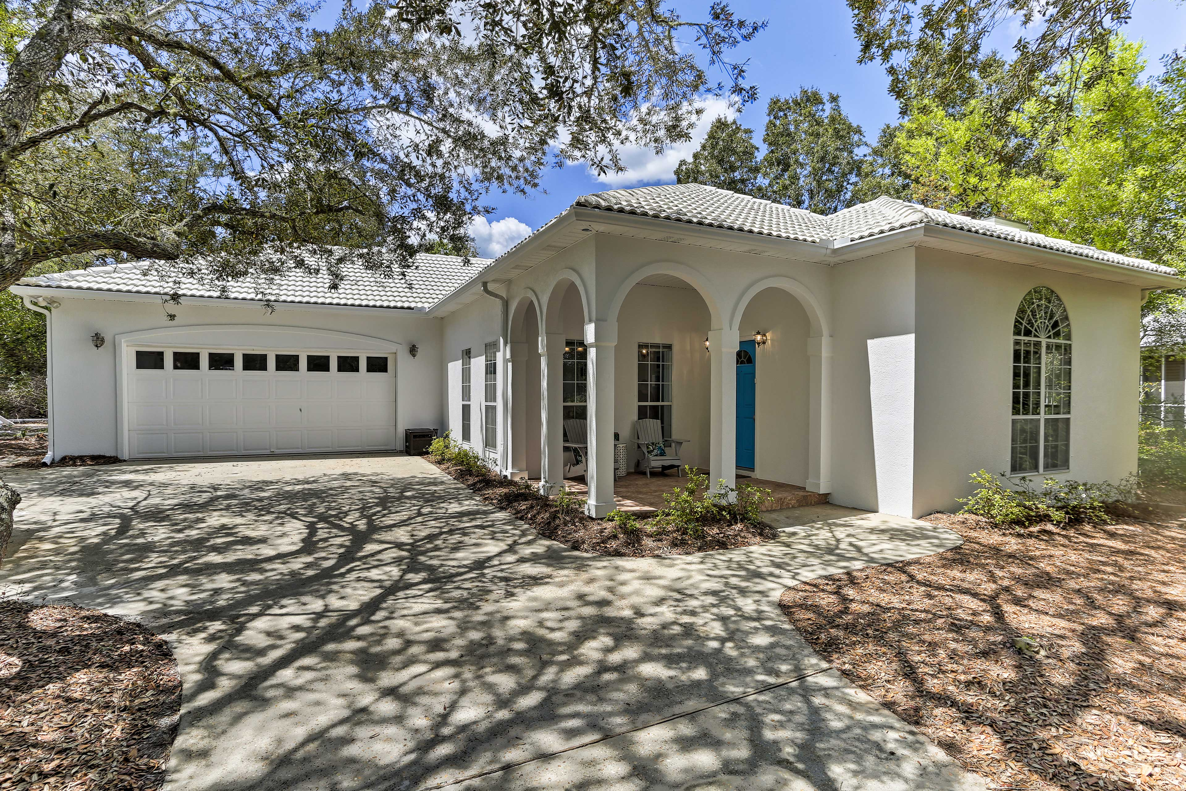 Enjoy covered parking for 2 vehicles in the driveway, plus 2 in the driveway!