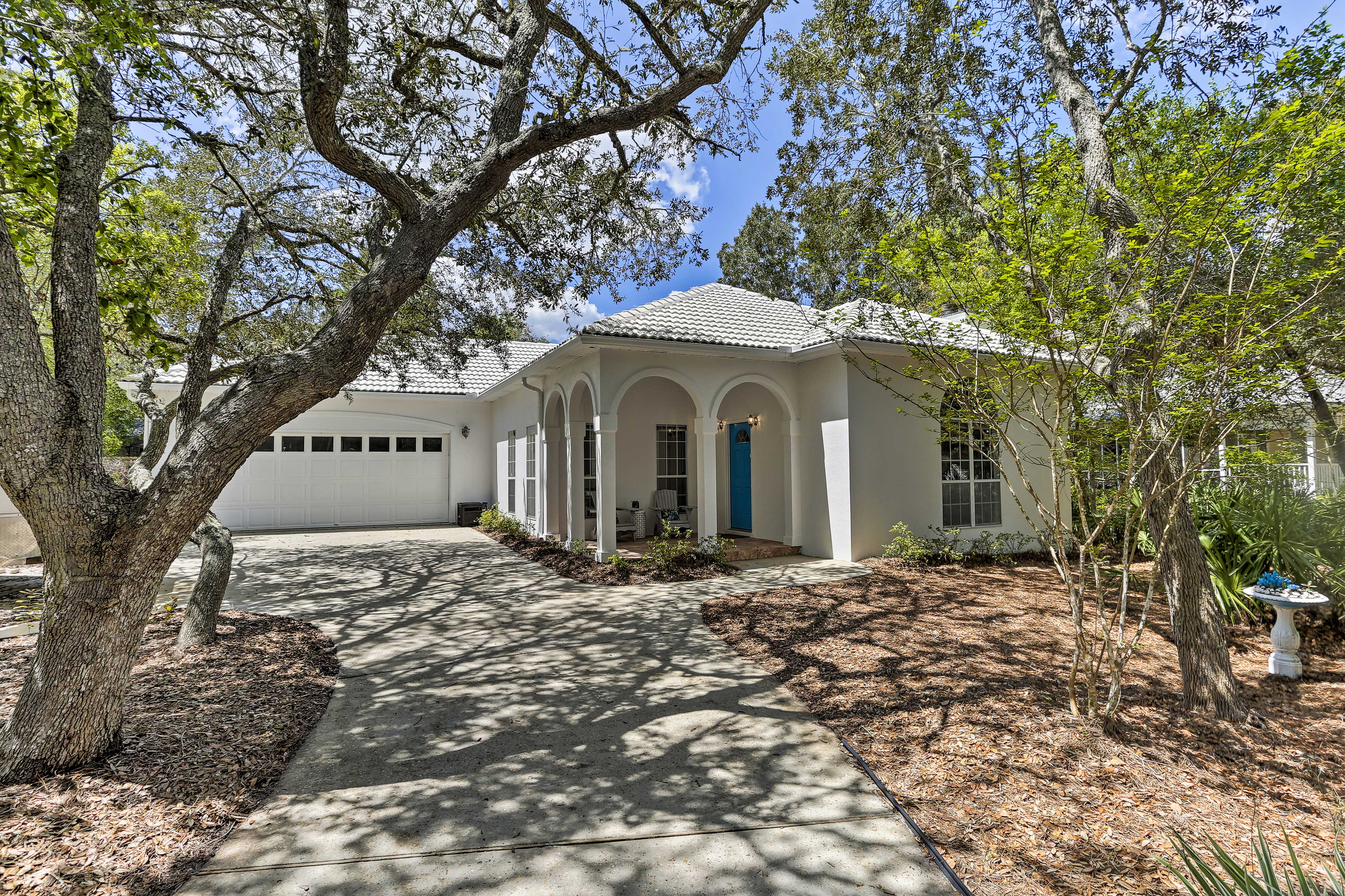 This charming vacation rental is perfect for a Florida family retreat.