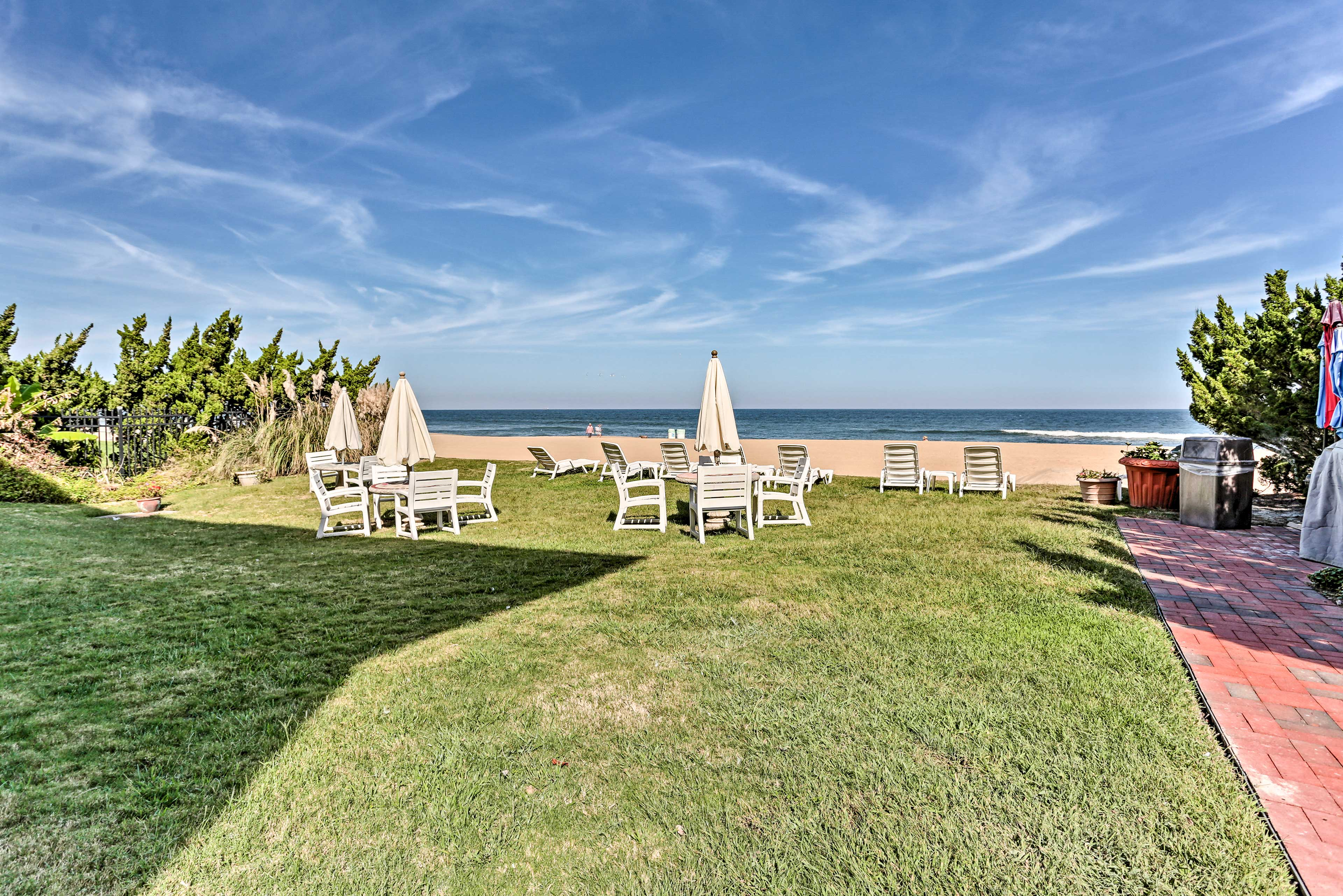 Enjoy unobstructed views of the water from this beachfront area.