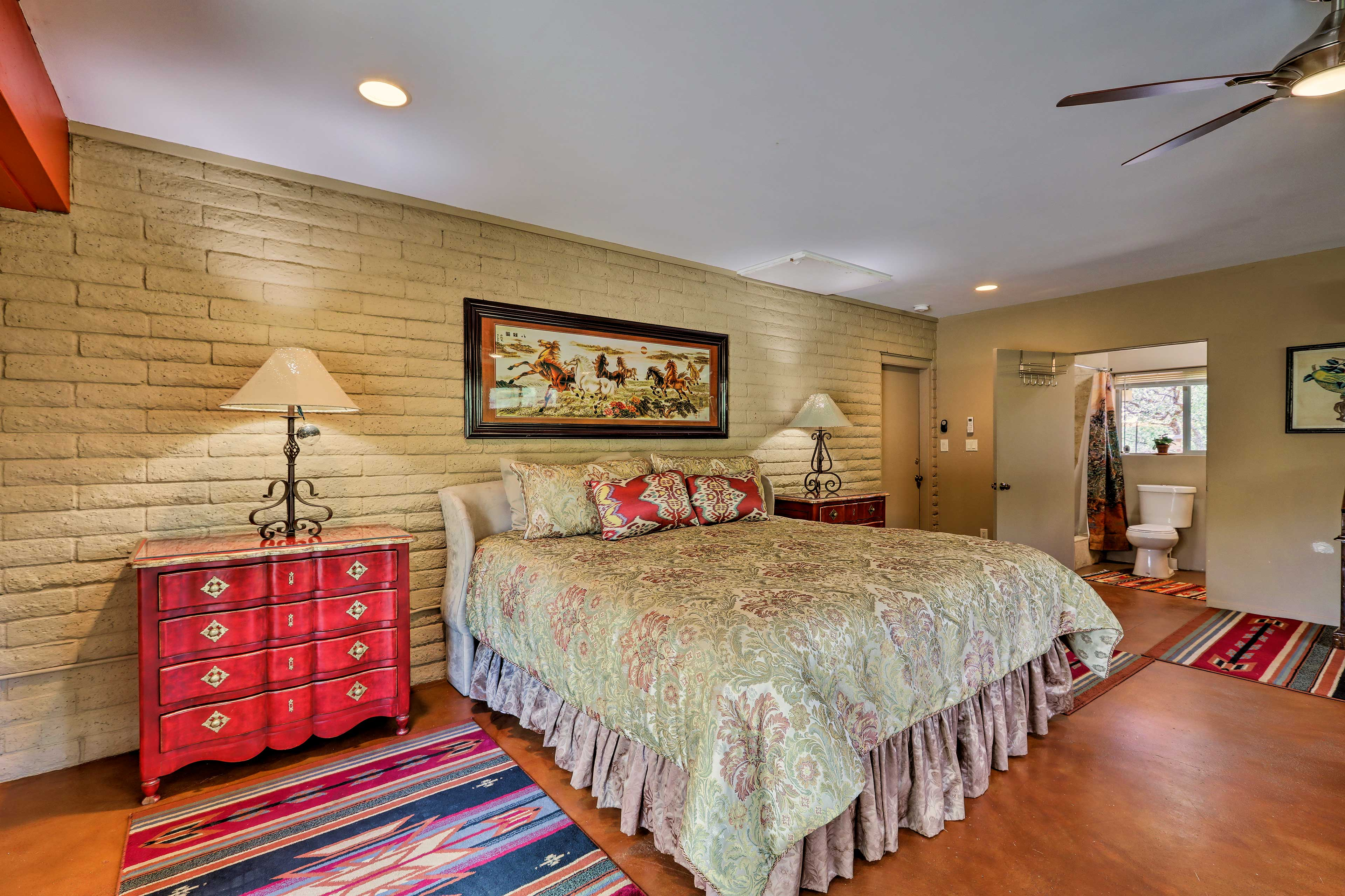 The studio boasts a plush king-sized bed.