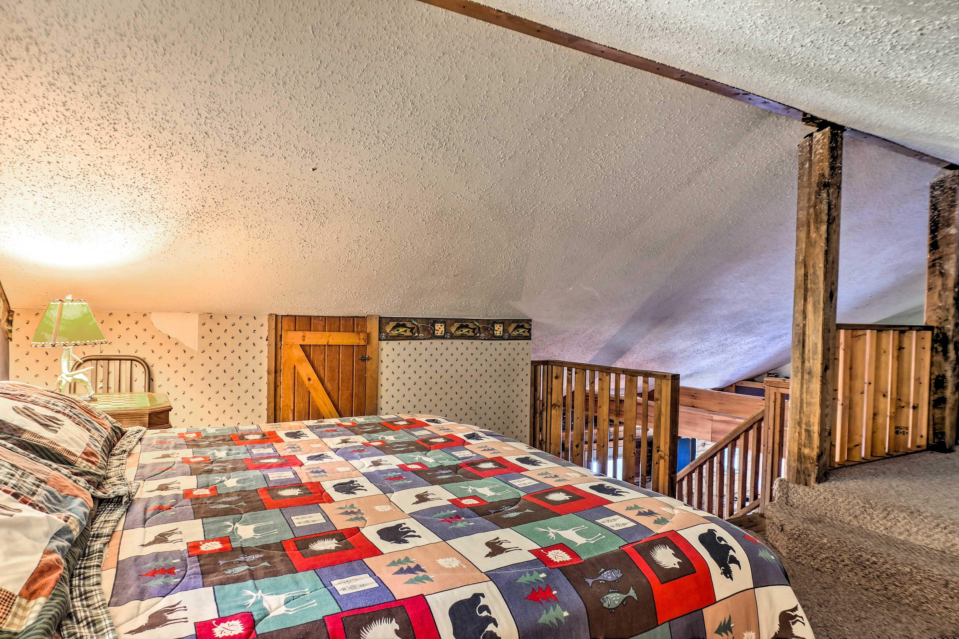 Head over to the other side of the loft to discover another bed!