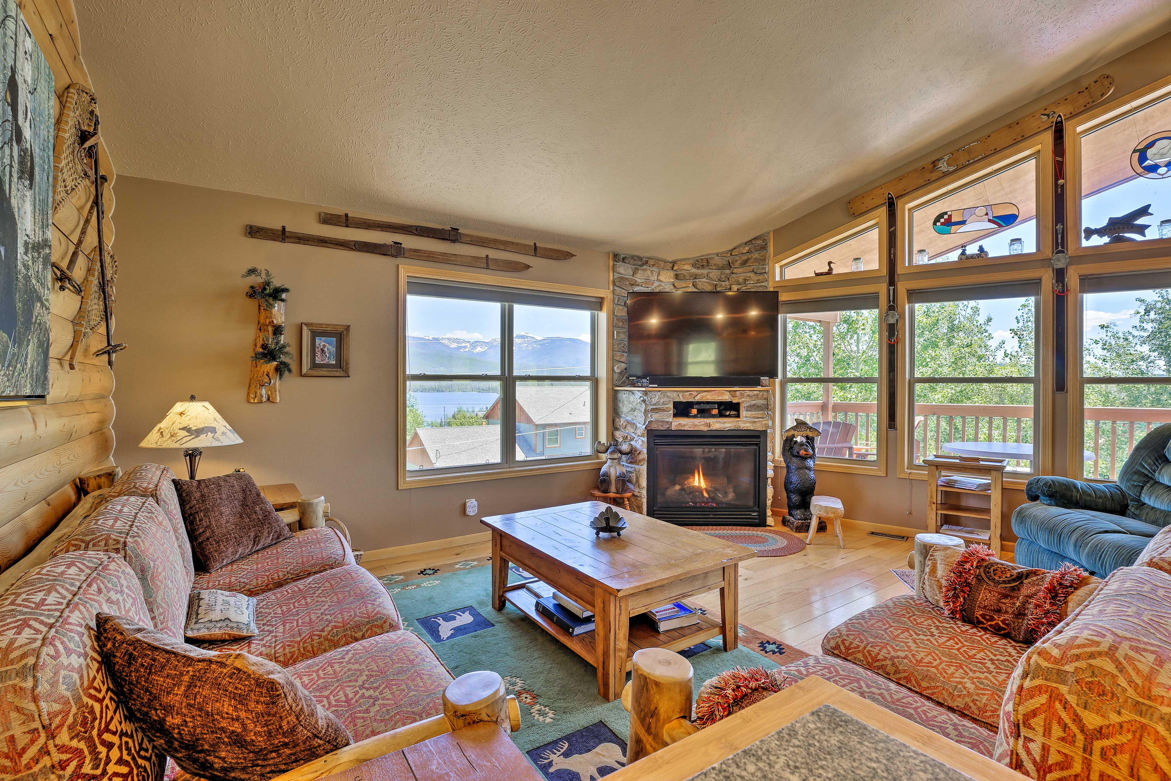 Watch movies together in the spacious living room of this Grand Lake home!