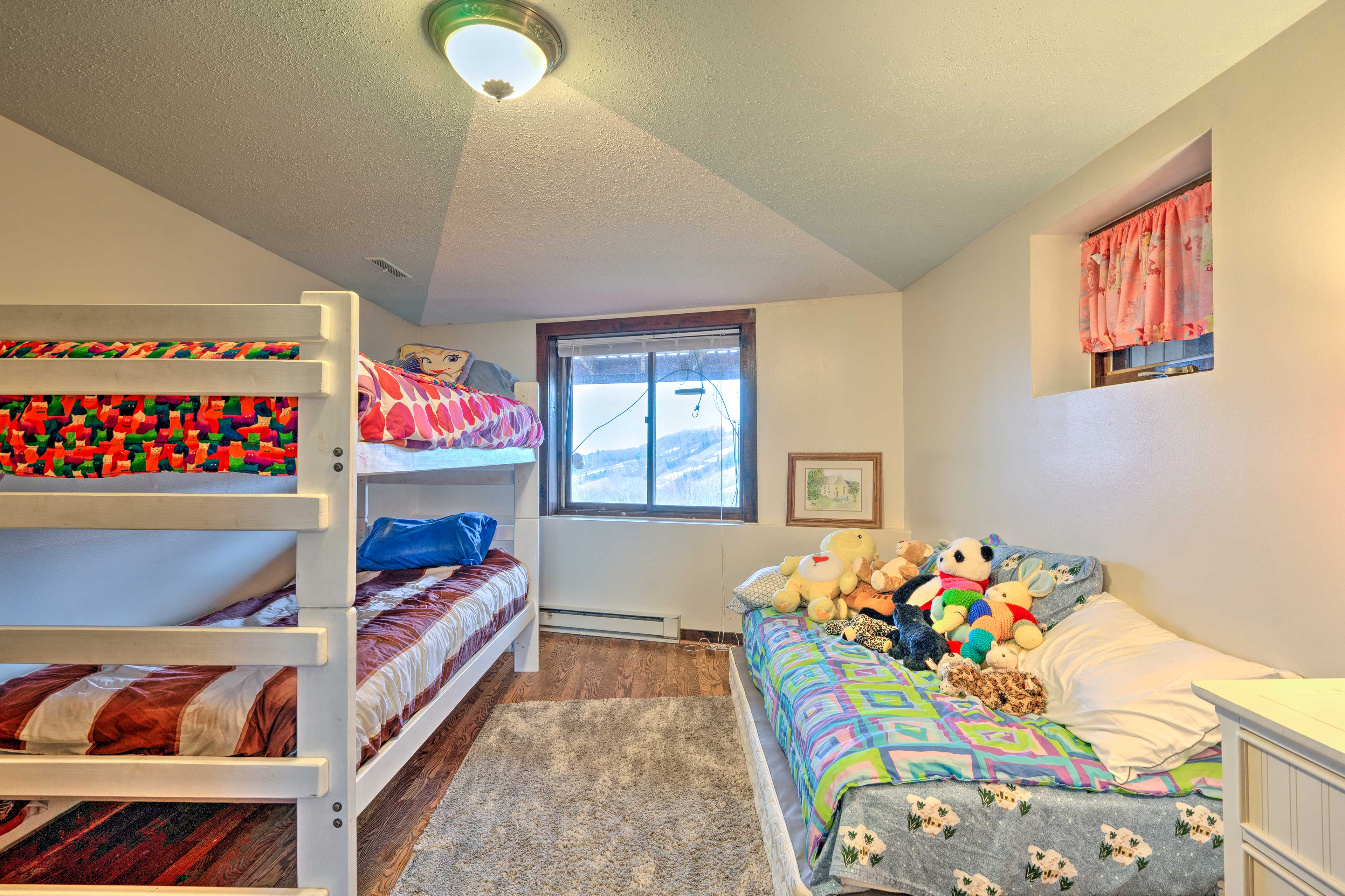 This room will be perfect for the kiddos.