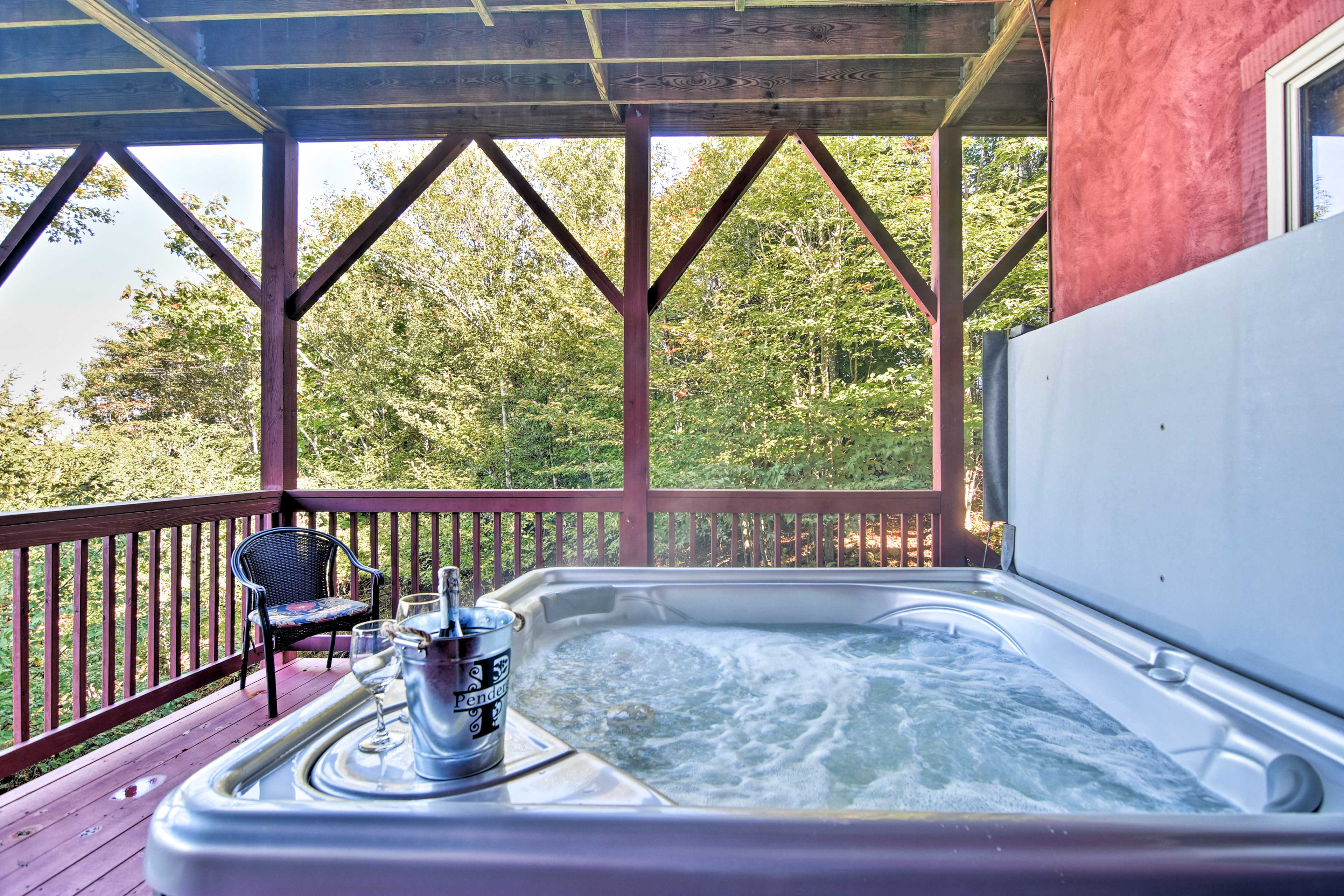 Take a relaxing soak in the hot tub after returning home from the slopes!