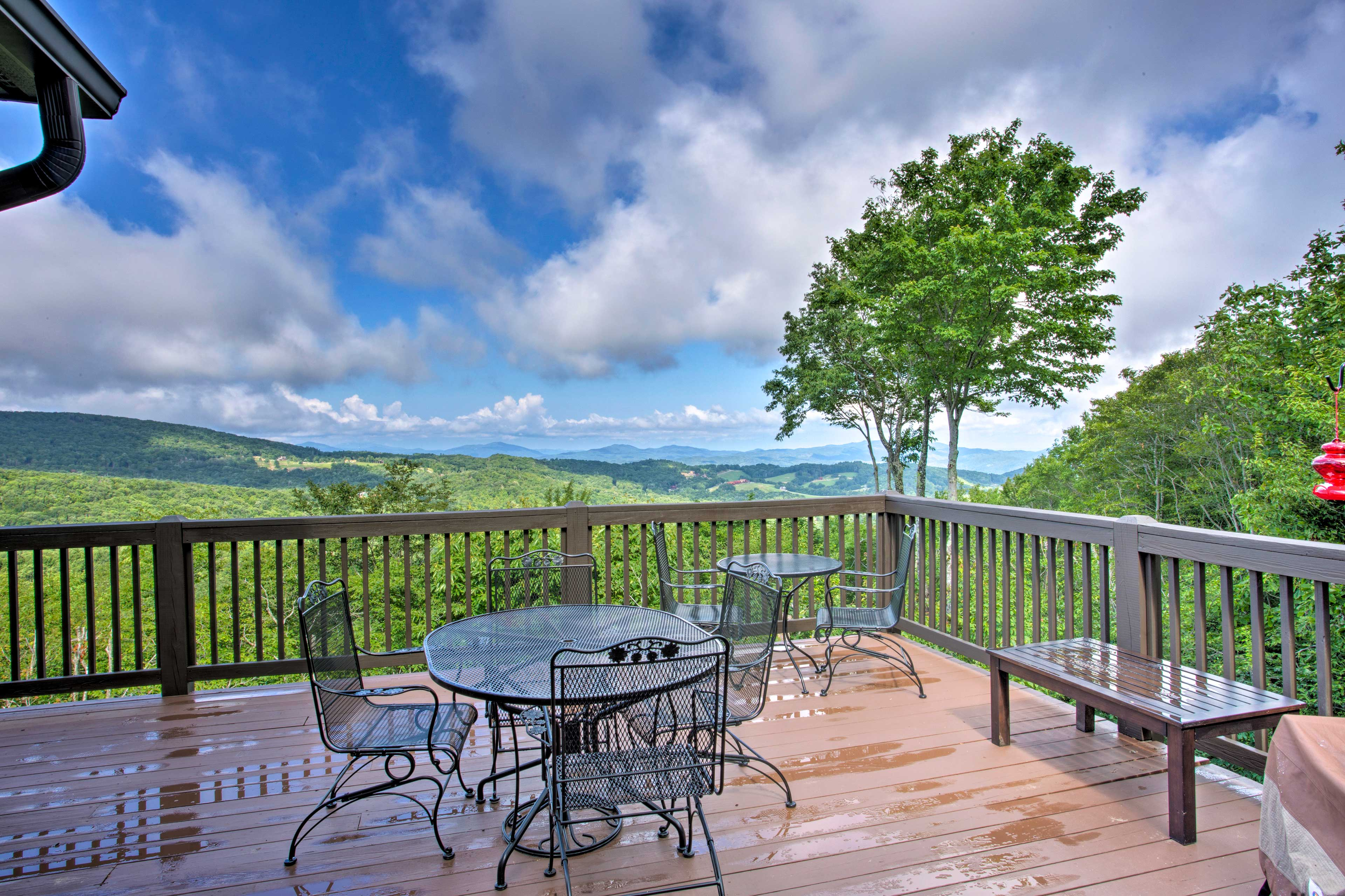 This Beech Mountain vacation rental home is the ultimate mountain getaway!