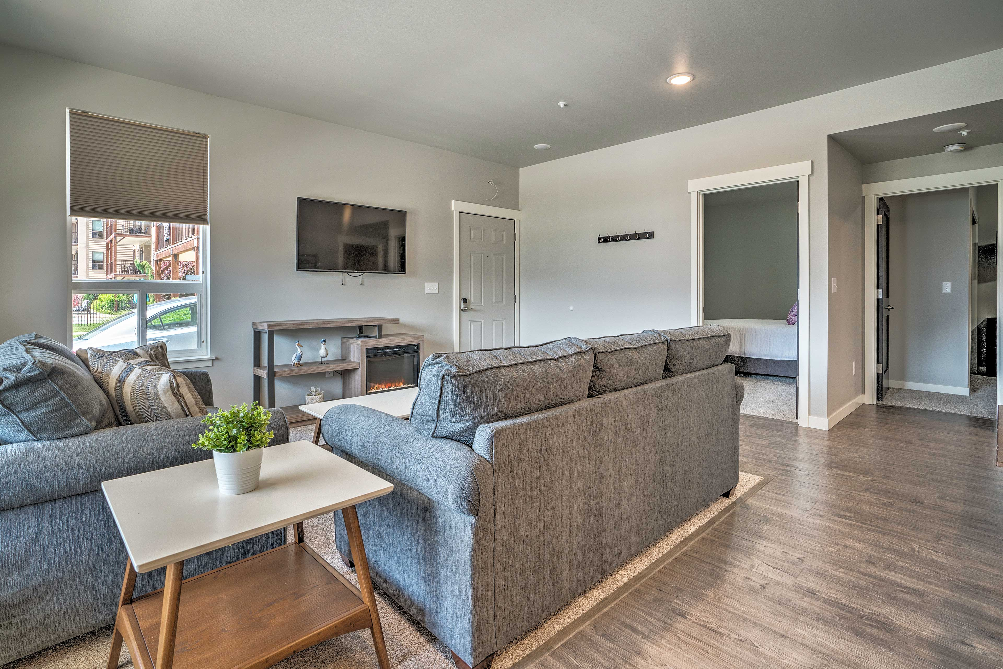 This 2-bedroom, 2-bath condo can host a group of 6.