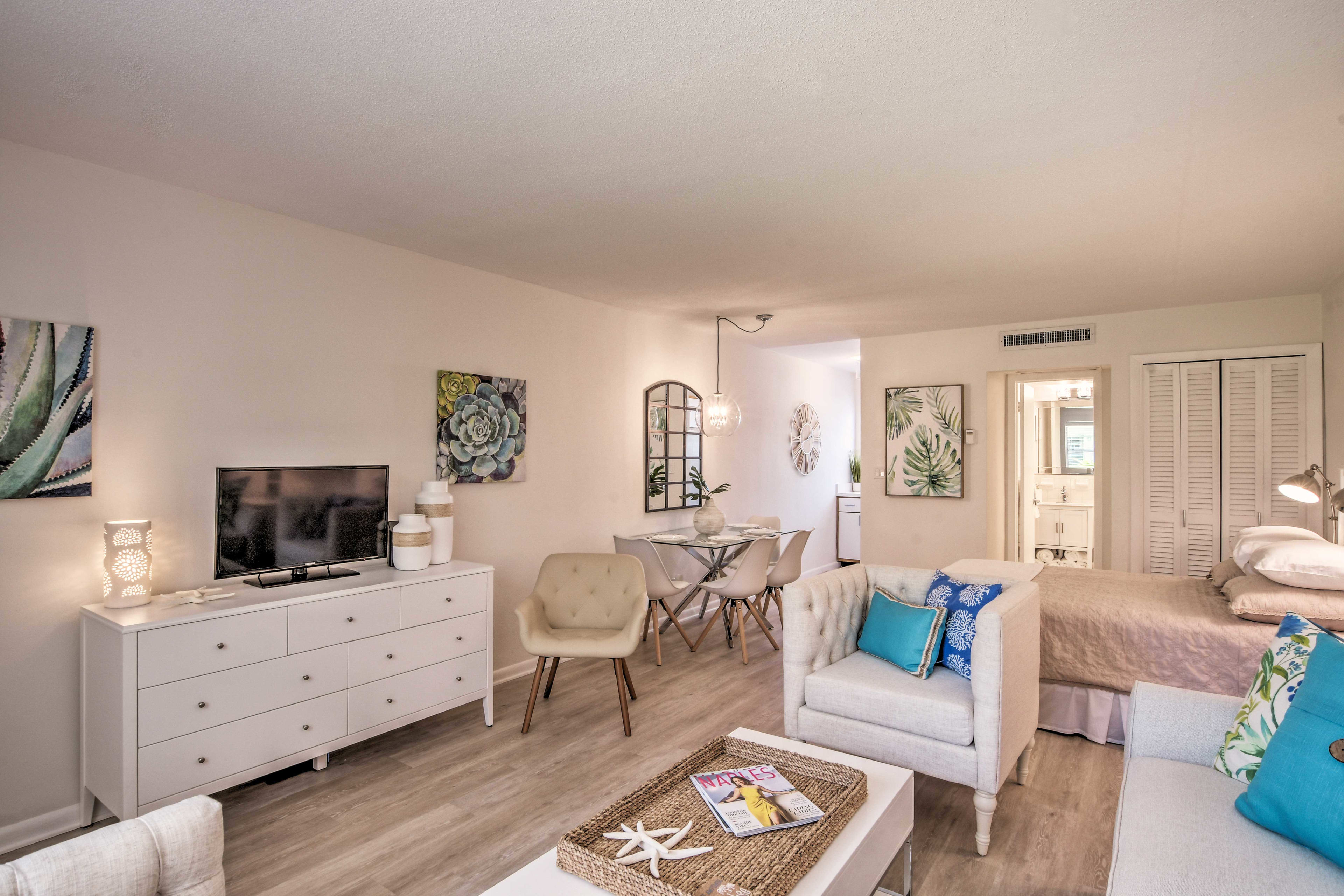 Head to Naples and stay at this vacation rental studio!