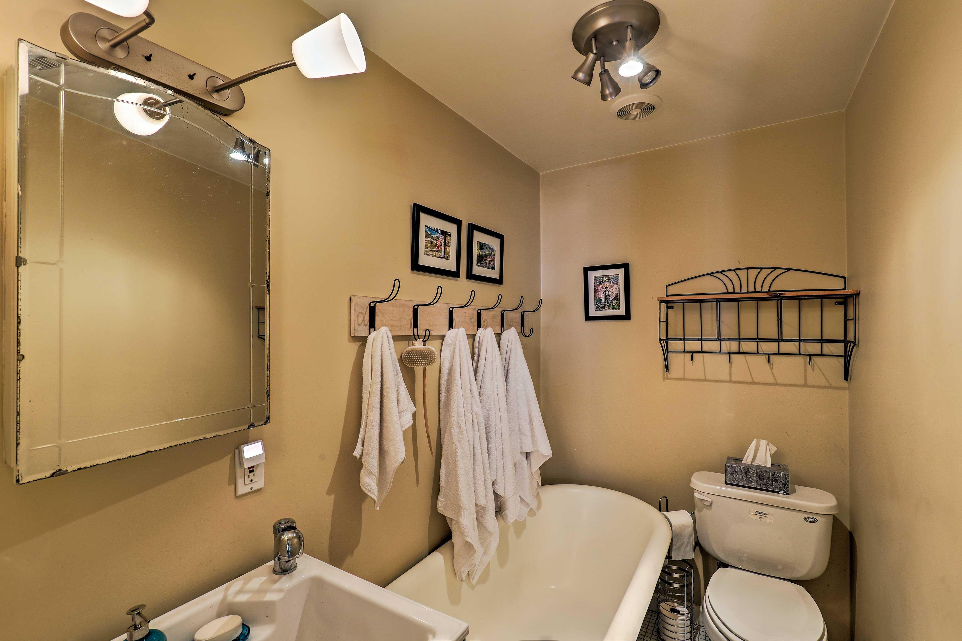 Take a bath in the clawfoot tub.