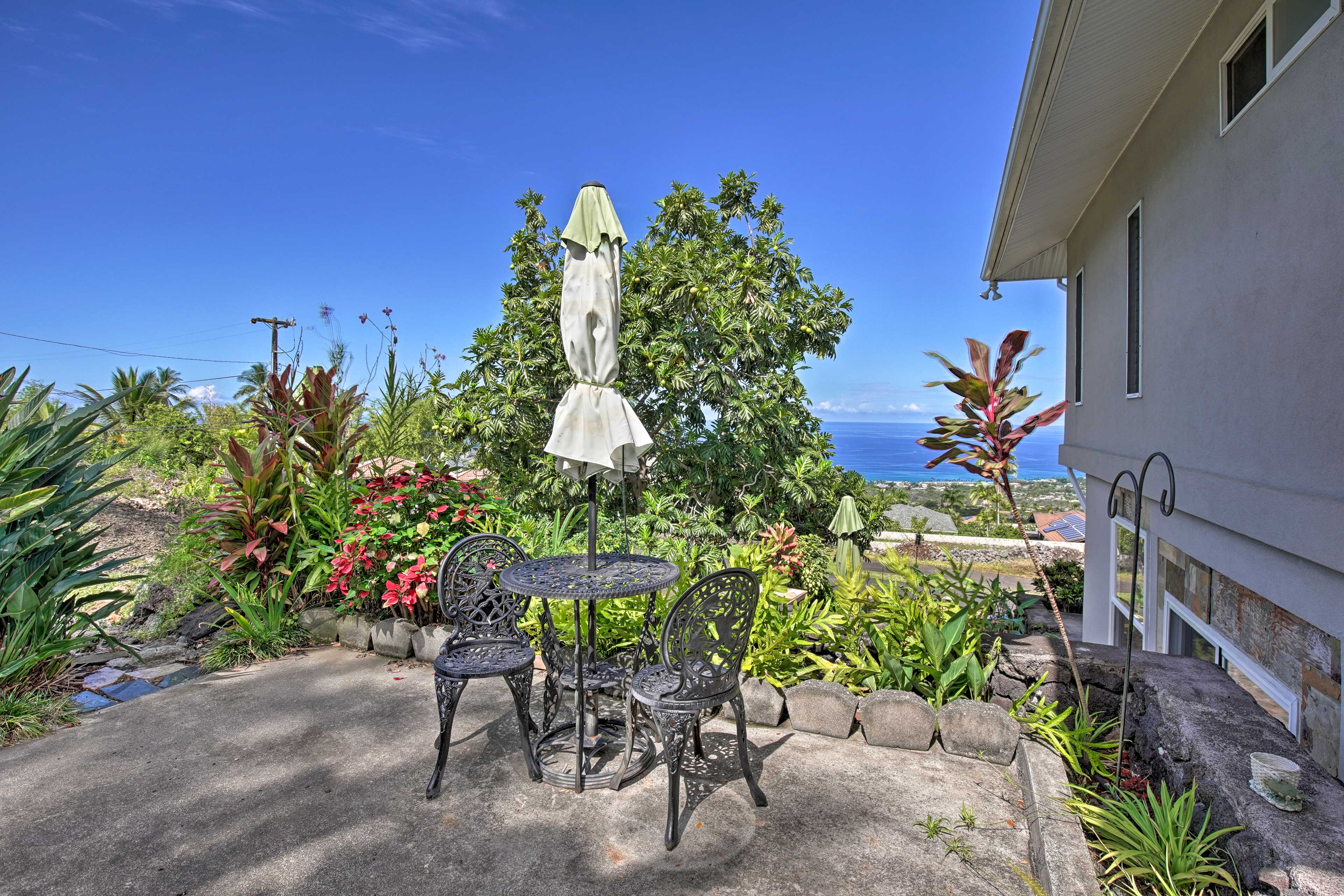 Brew some Kona coffee to enjoy out at the bistro table.