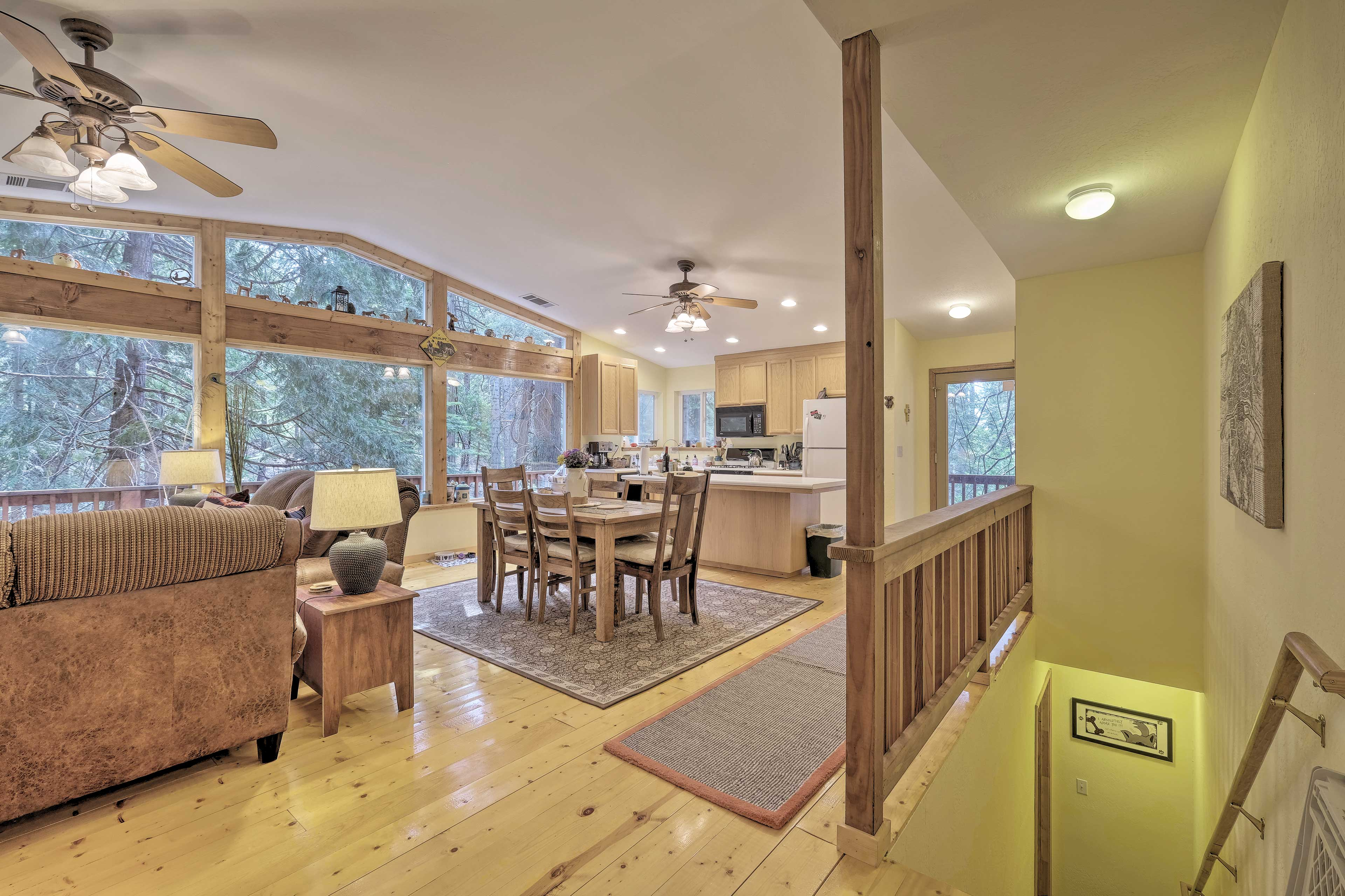 This 2-level home is equipped with everything you need for a relaxing stay.