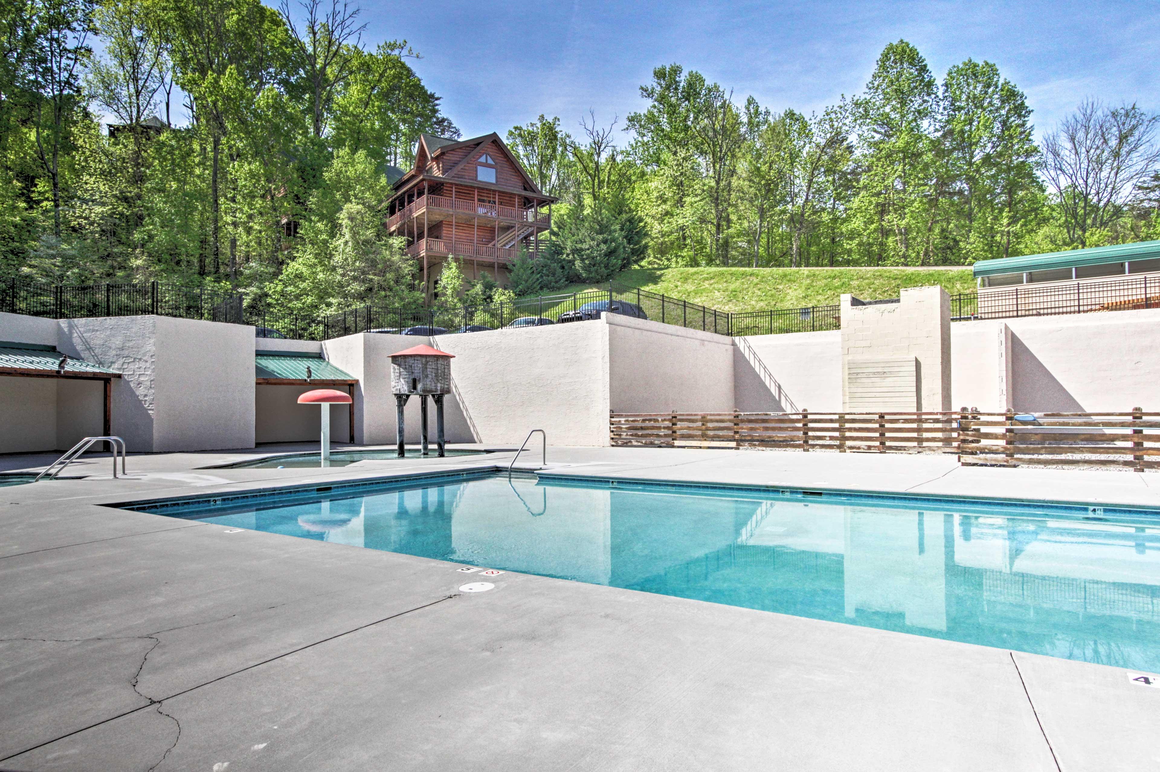 Towering Oaks Community Pool (Seasonal)
