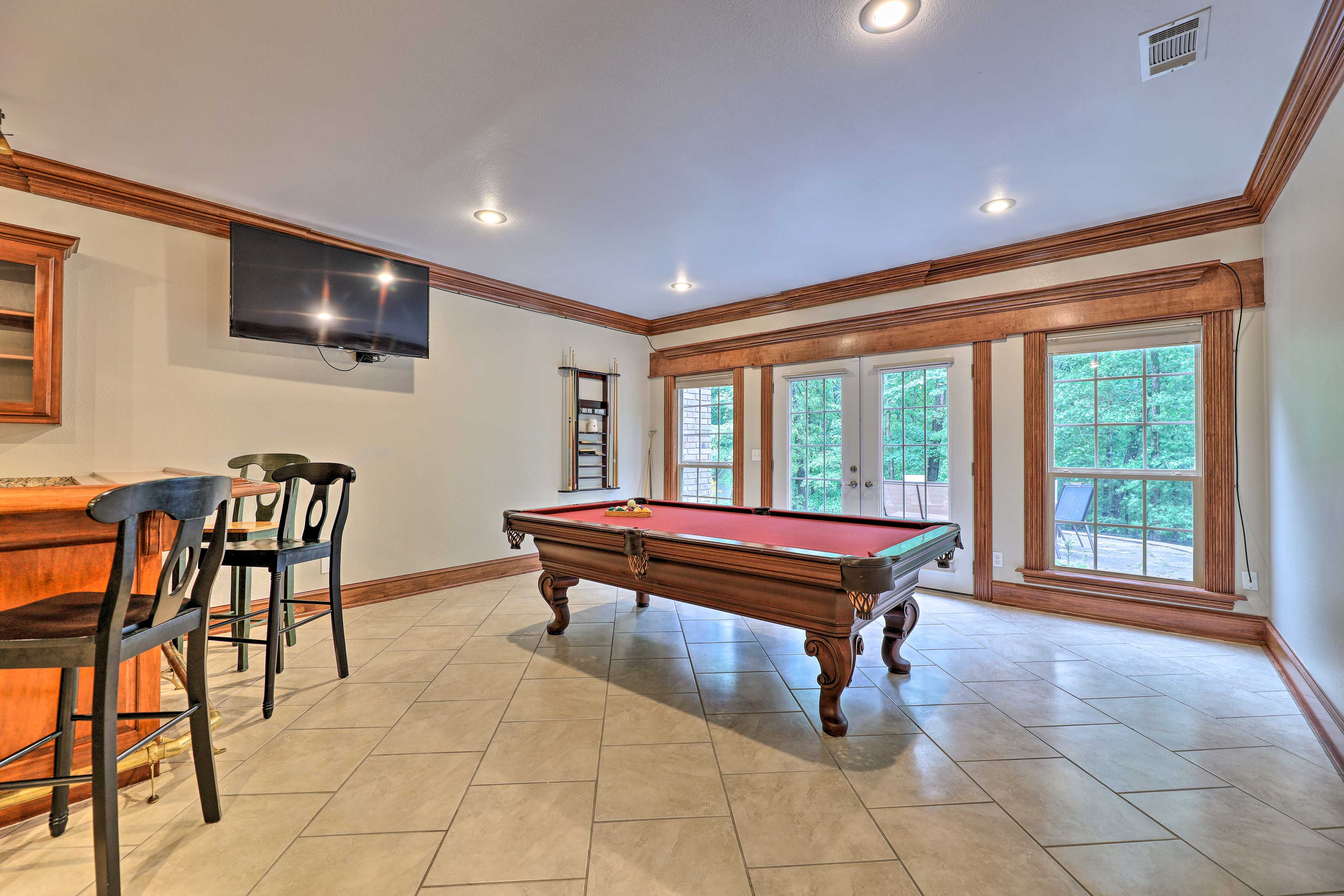 Billiards Room   Outdoor Access