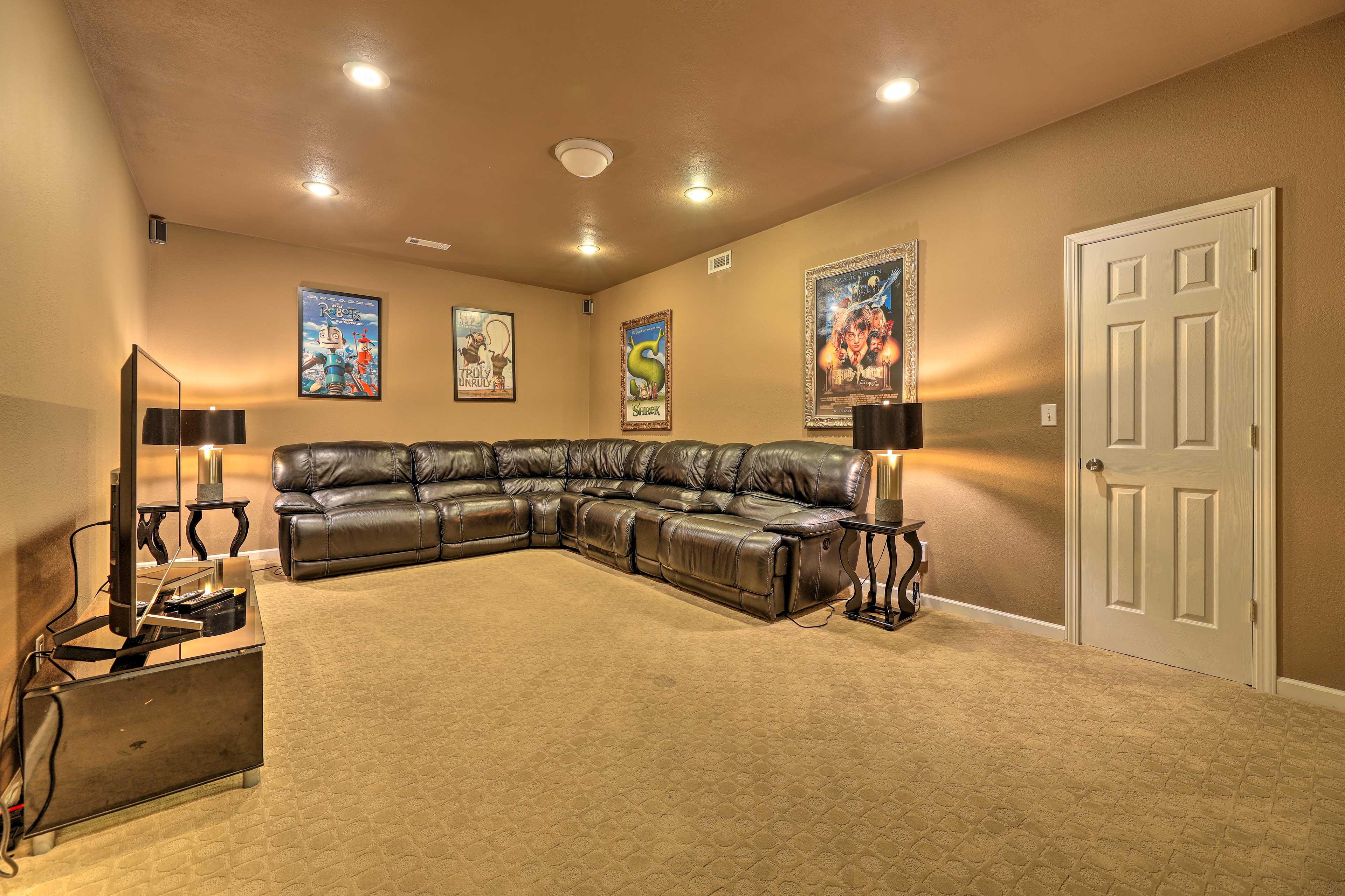 TV Room   Smart TV