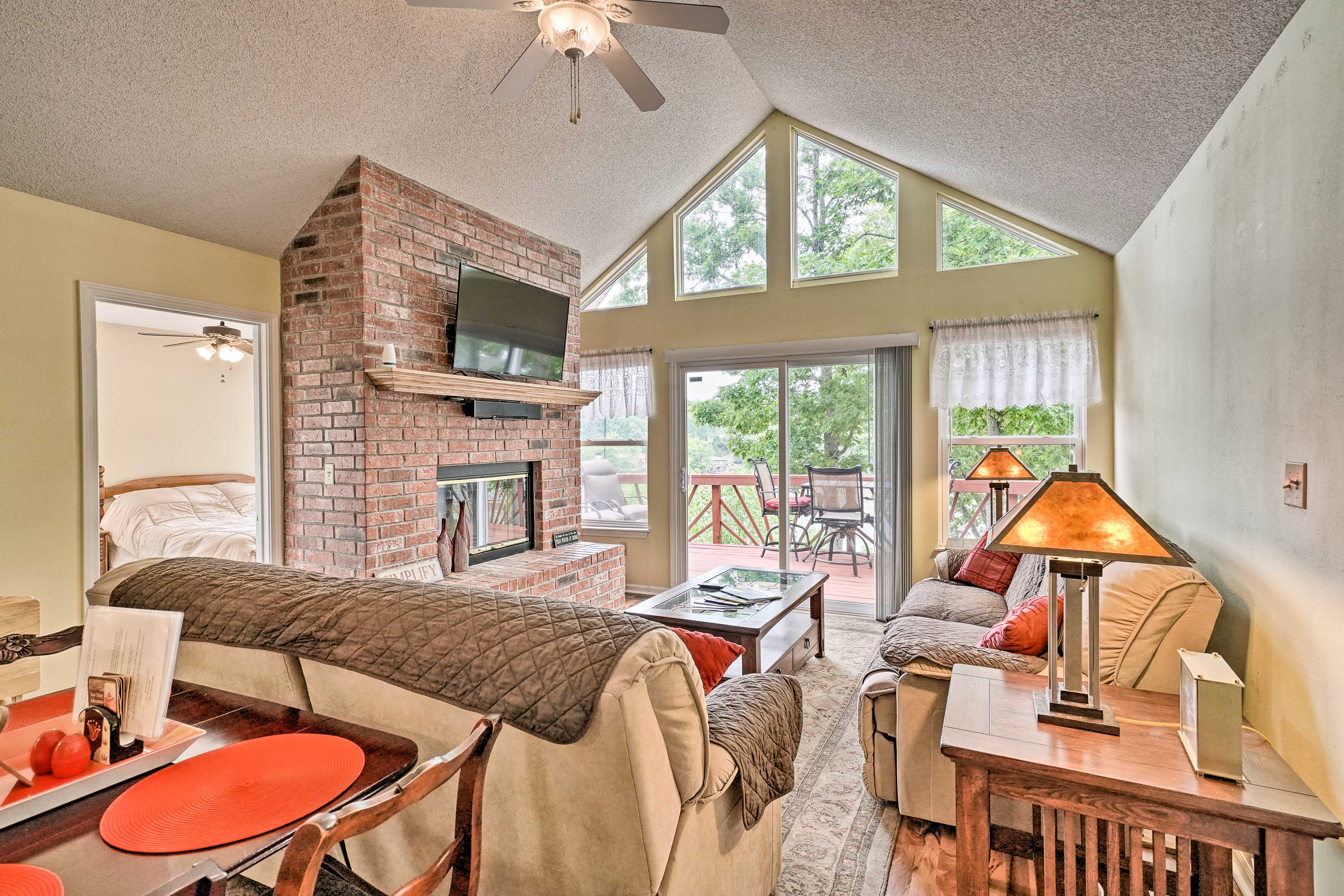 Leave your worries behind when you arrive at this Lake of the Ozark home!