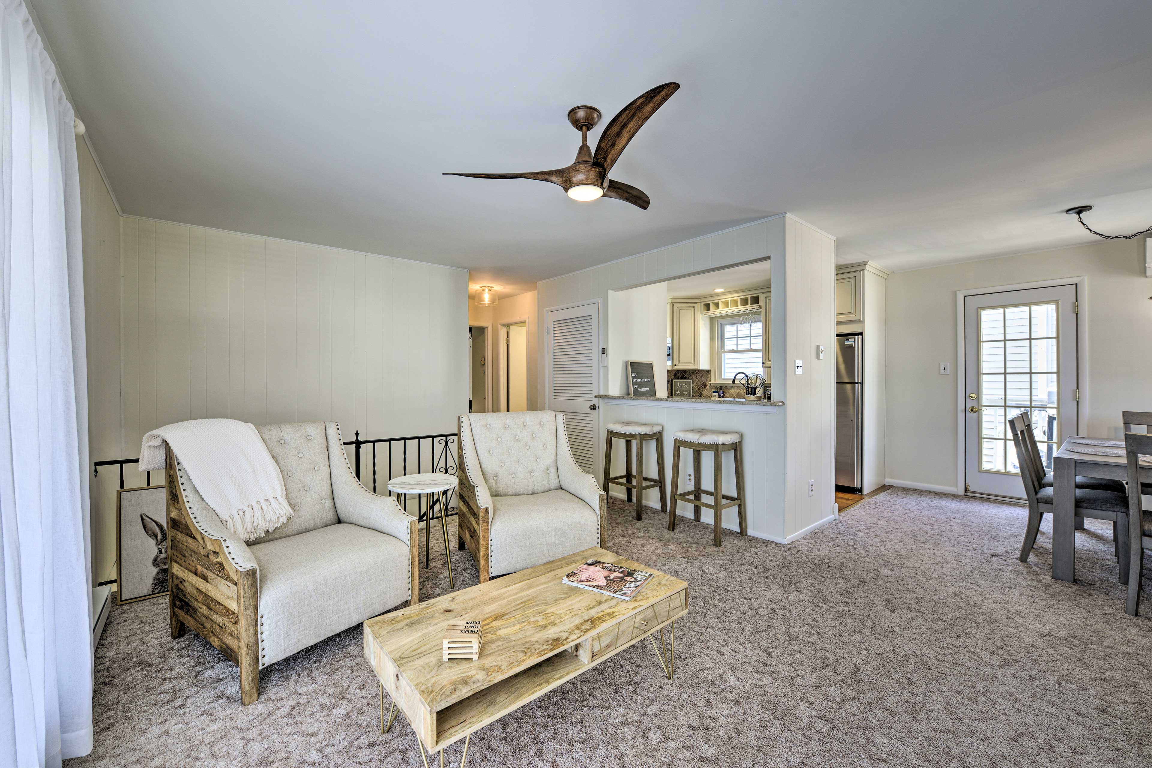 The 2-bedroom, 1-bathroom space is perfect for 6!