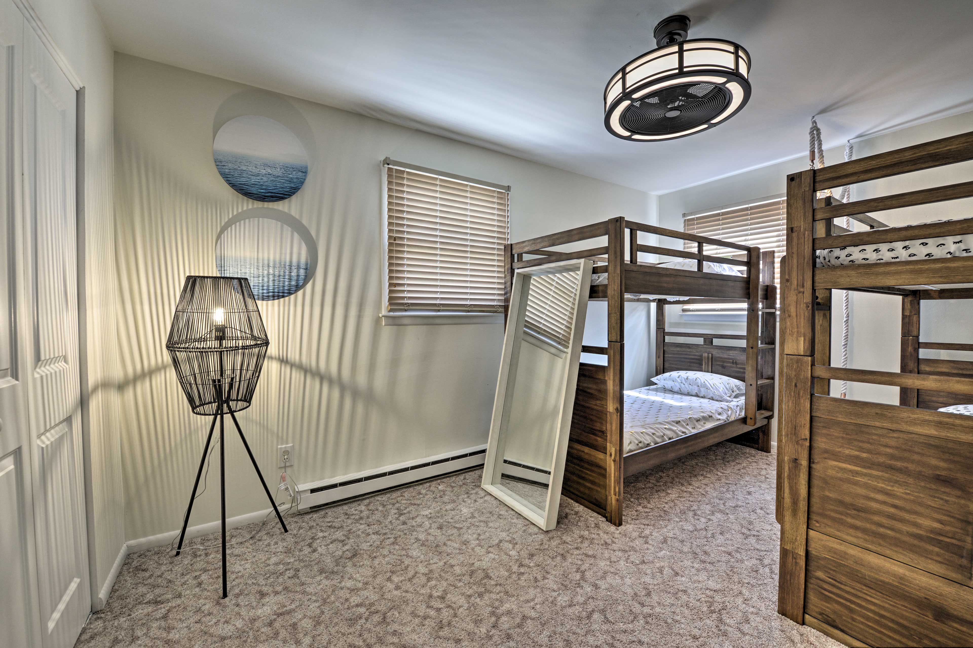 This bedroom is great for kids.