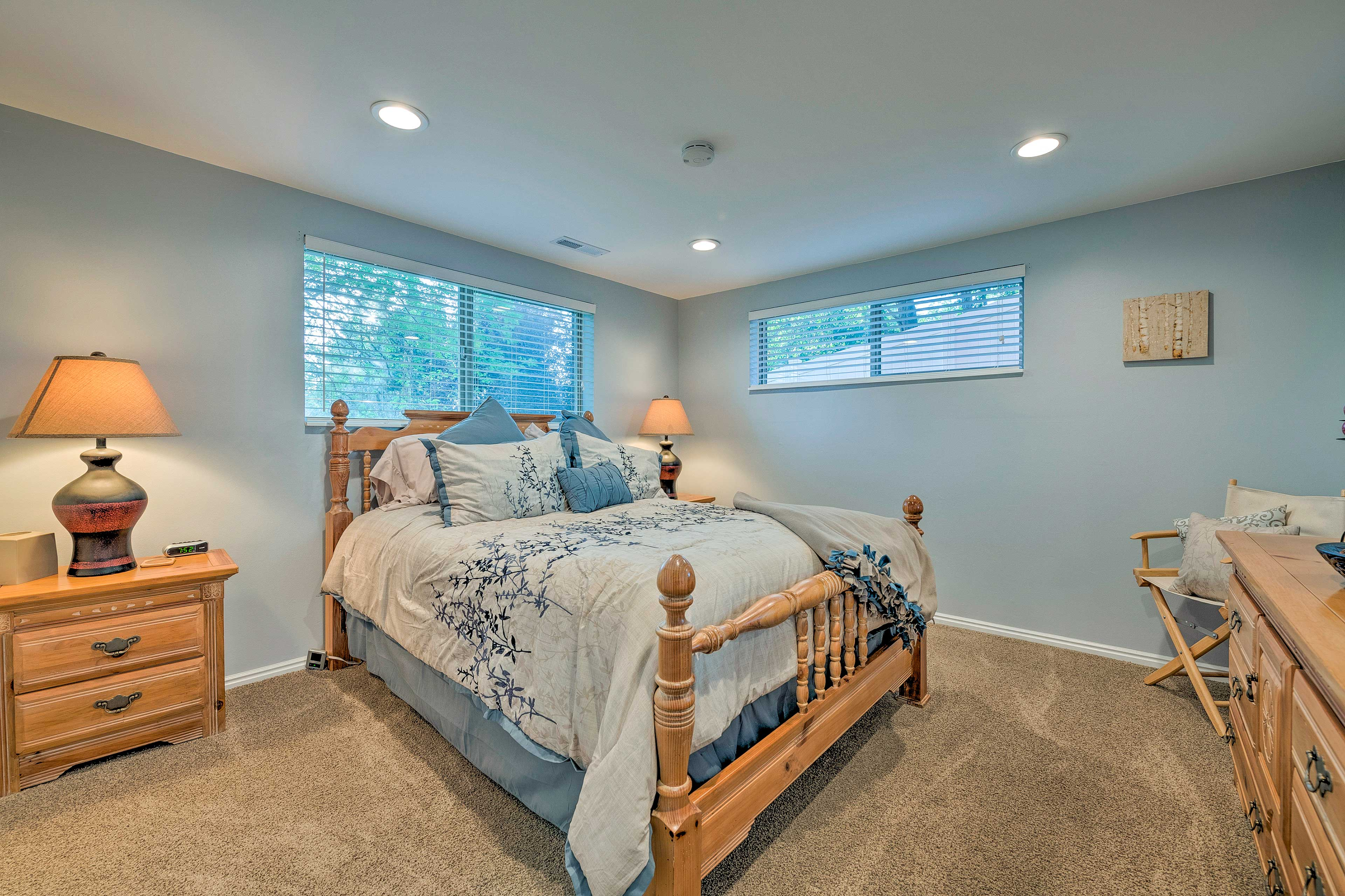 The property features 3 private bedrooms.