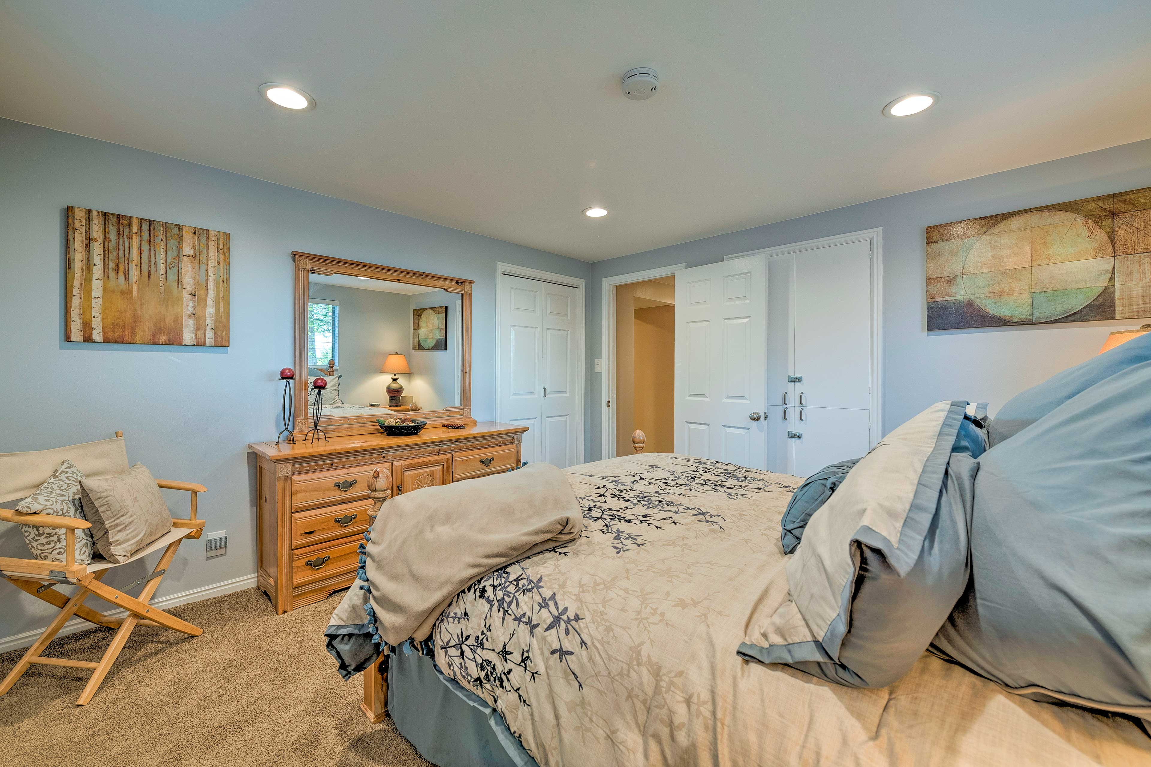 This cozy bedroom includes a queen bed for 2.