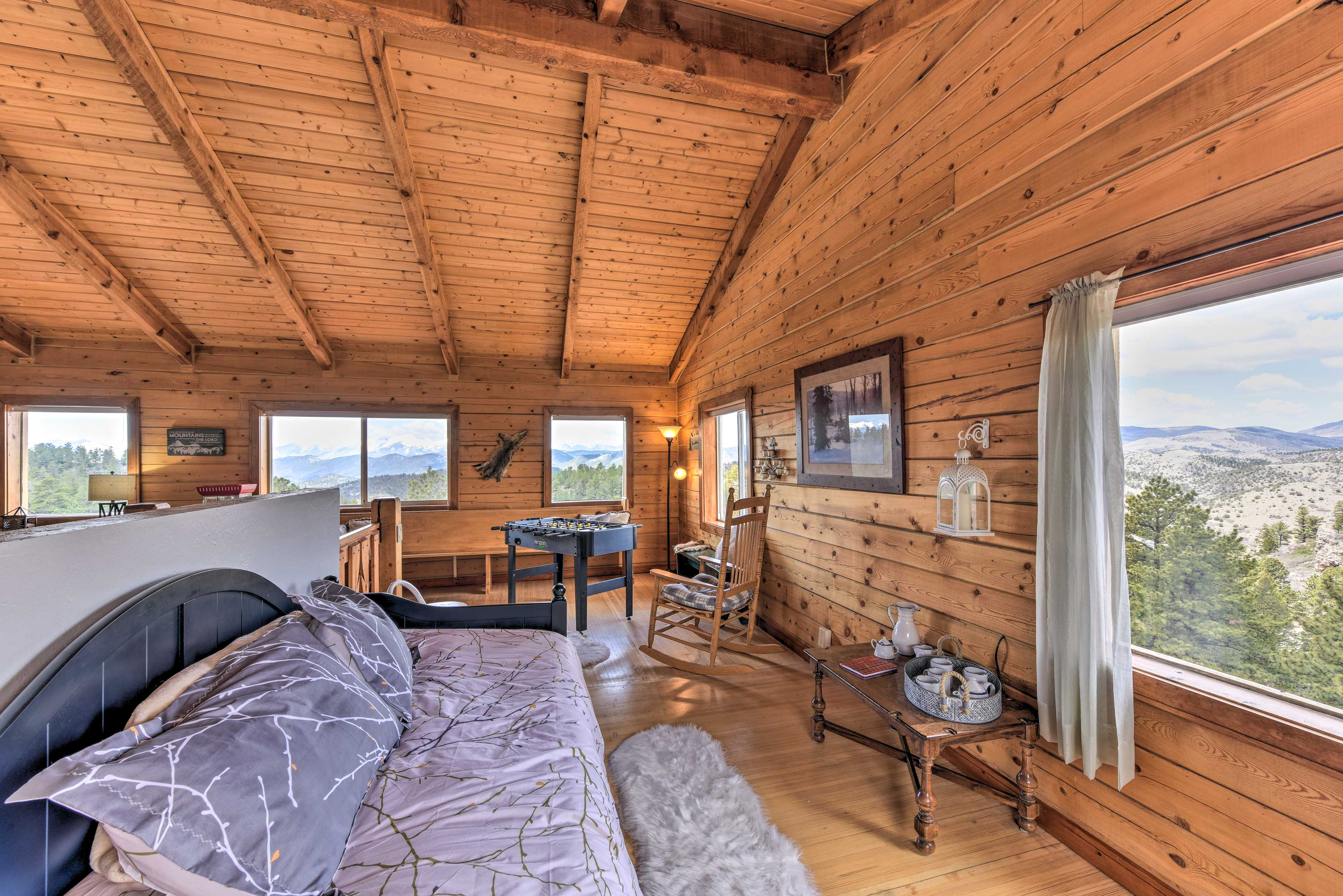 The kids will love sleeping on the twin beds in the great room upstairs.