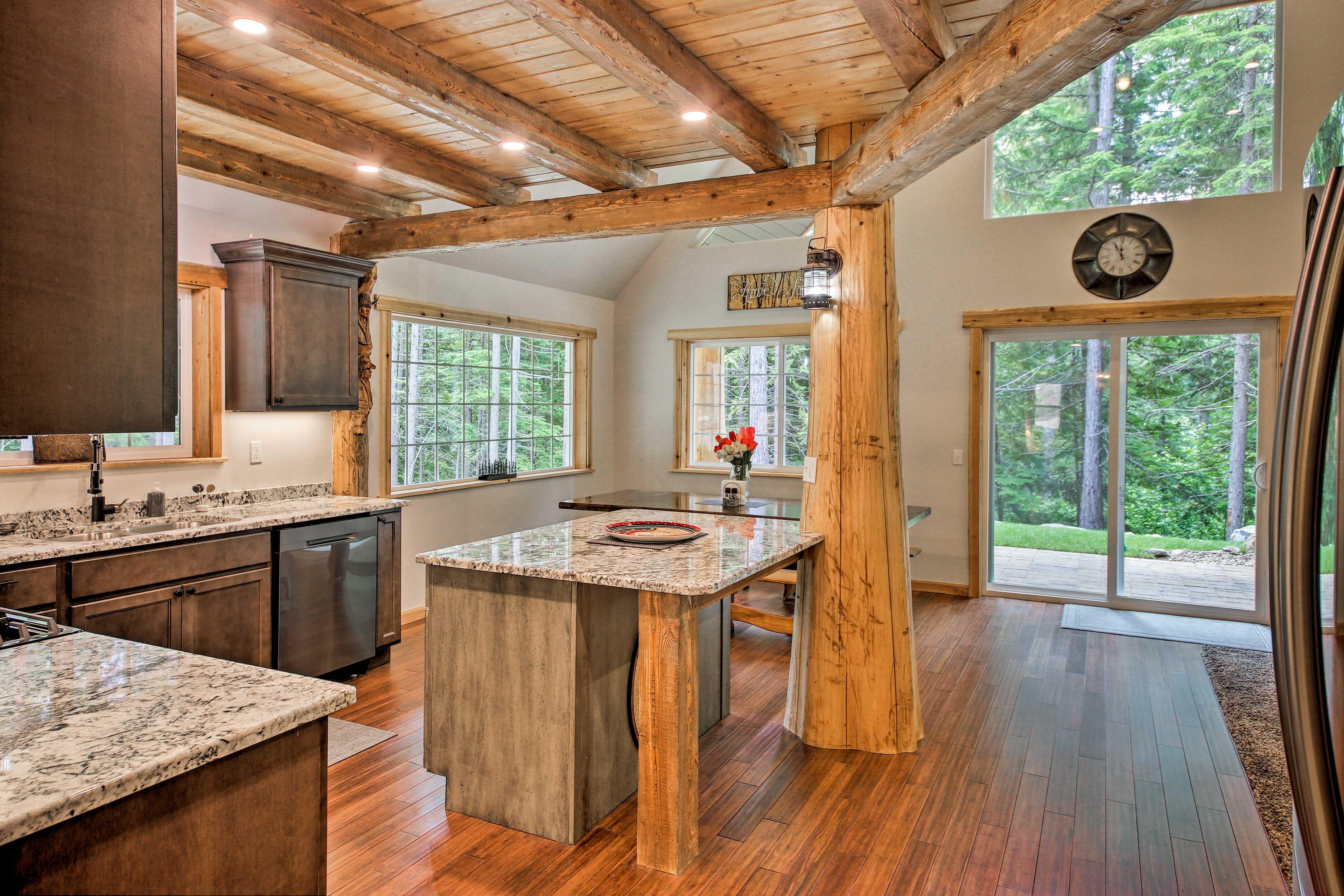 The kitchen boasts stylish granite countertops.