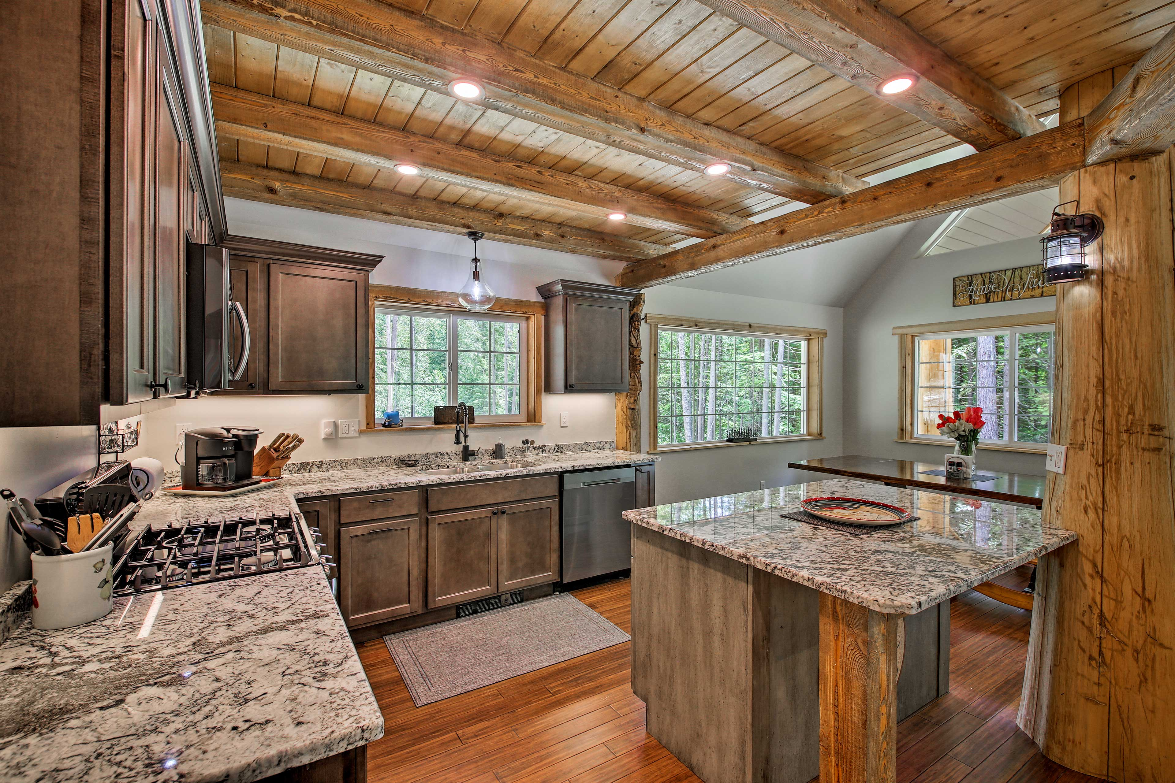 You'll find the kitchen fully equipped!