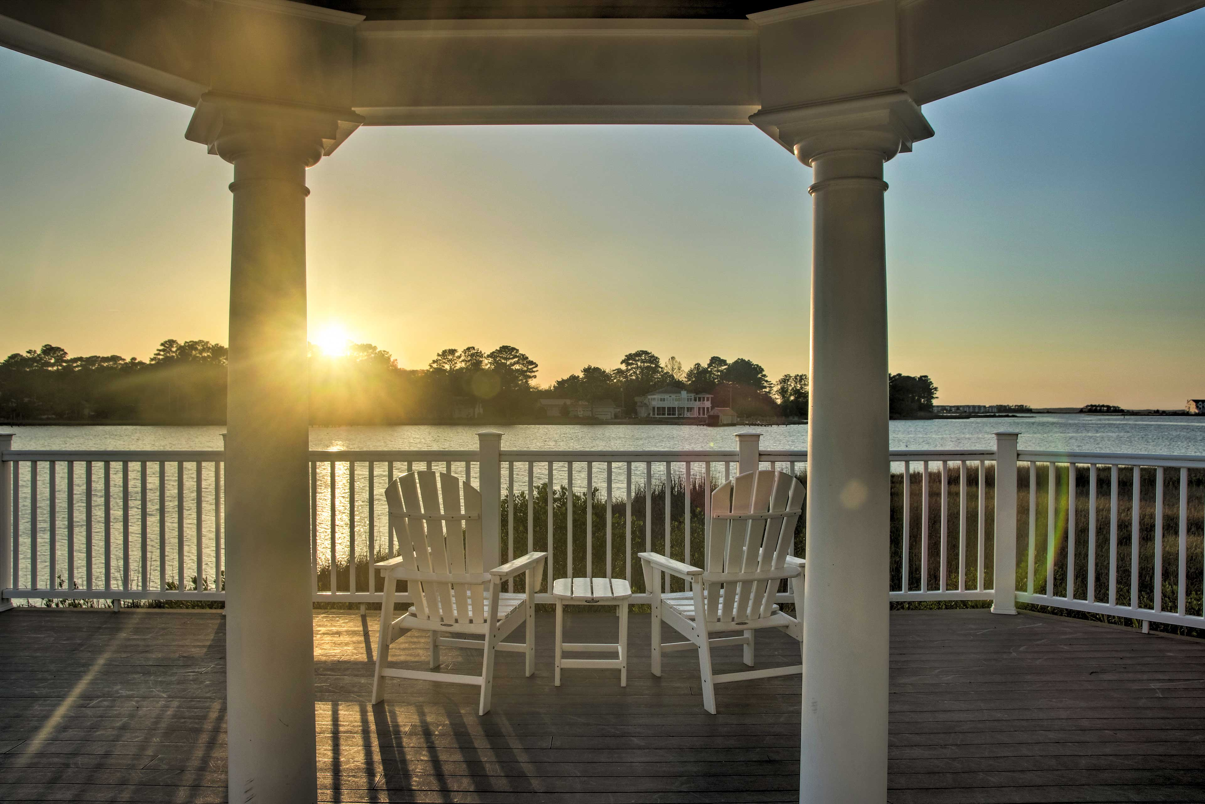 Bask in the warm glow of the sun in the Bayside at Bethany Lakes!