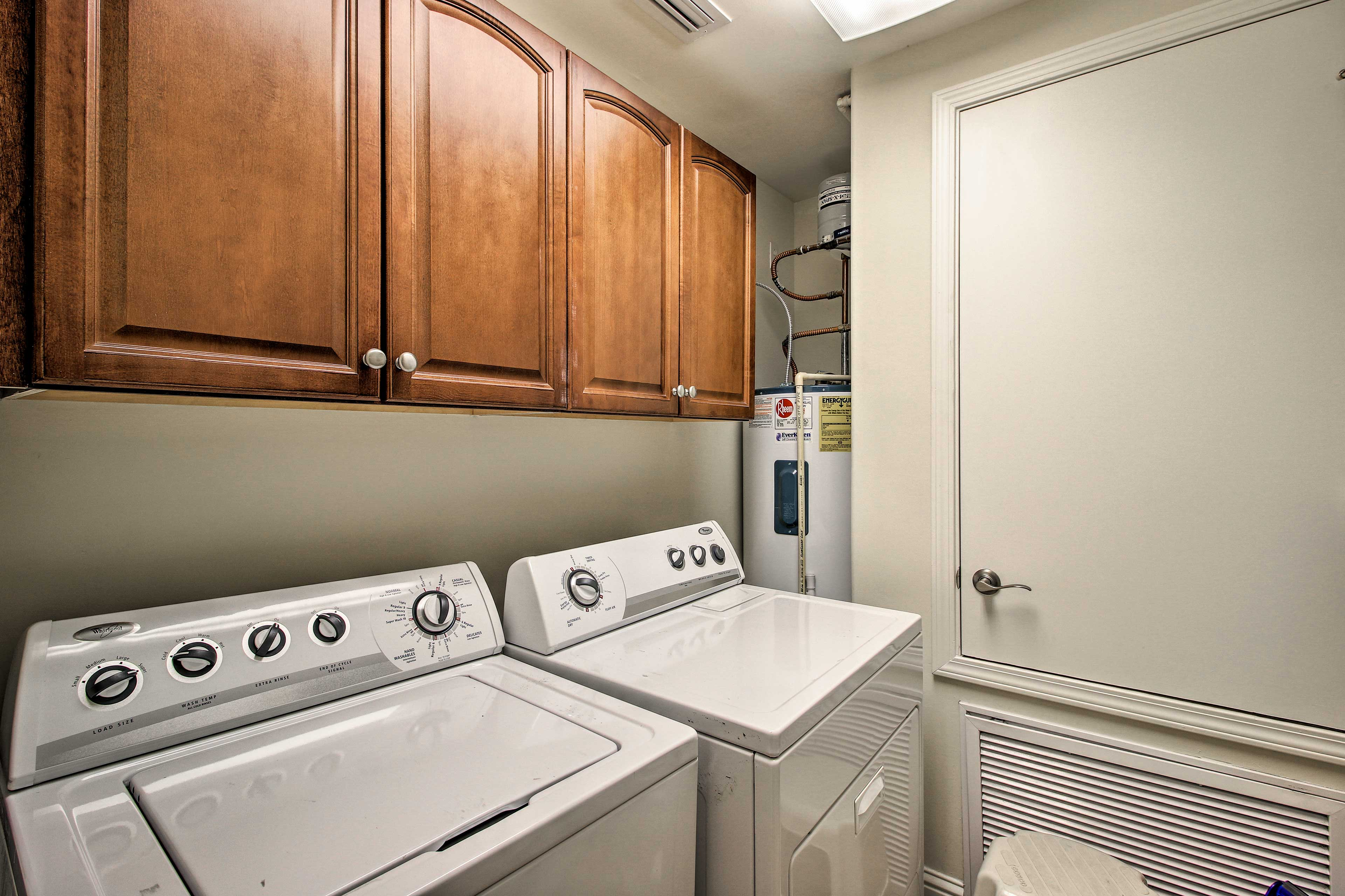 Keep your clothes clean with the laundry machines.