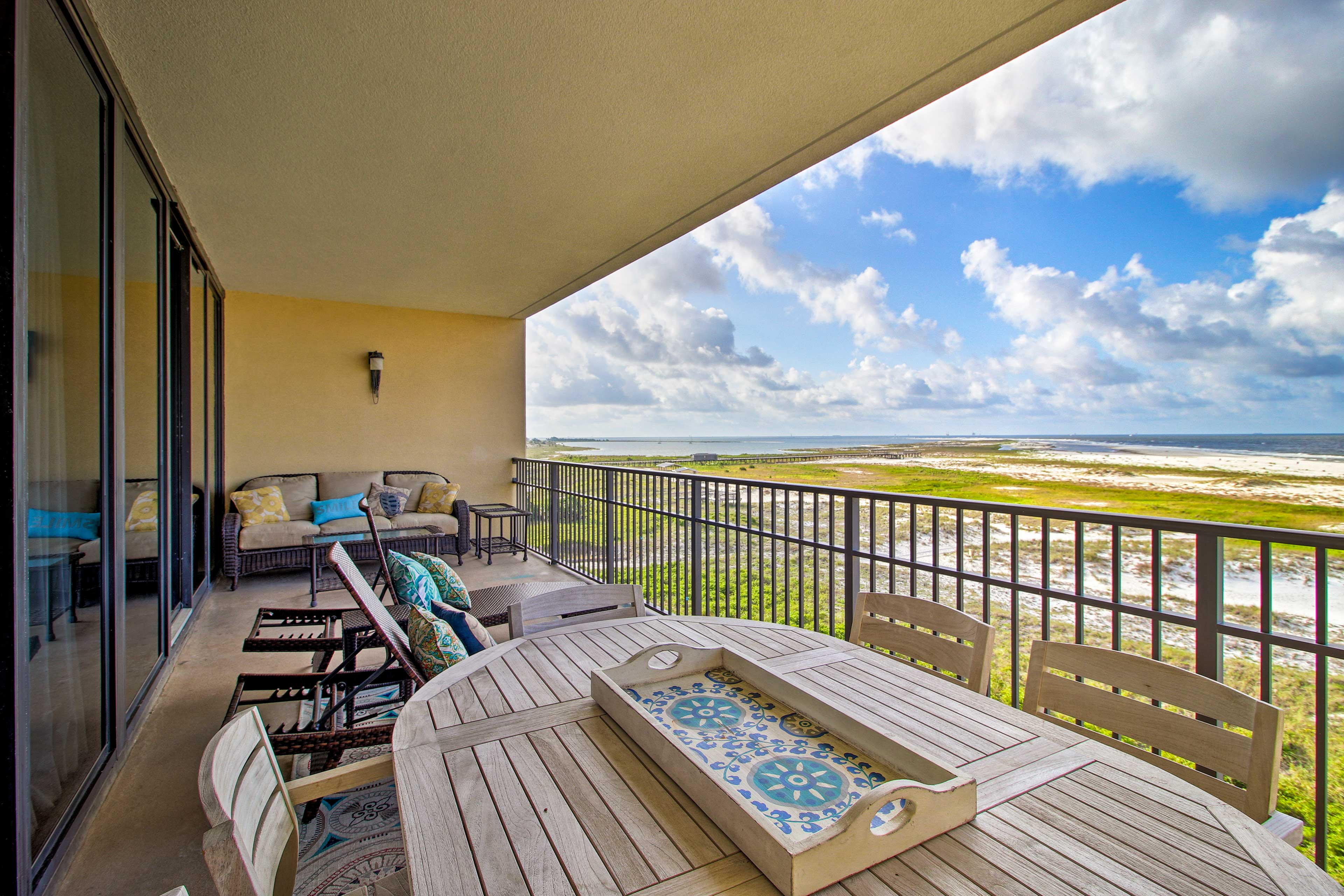 Gulf views and relaxing beach days await at this Dauphin Island vacation rental!