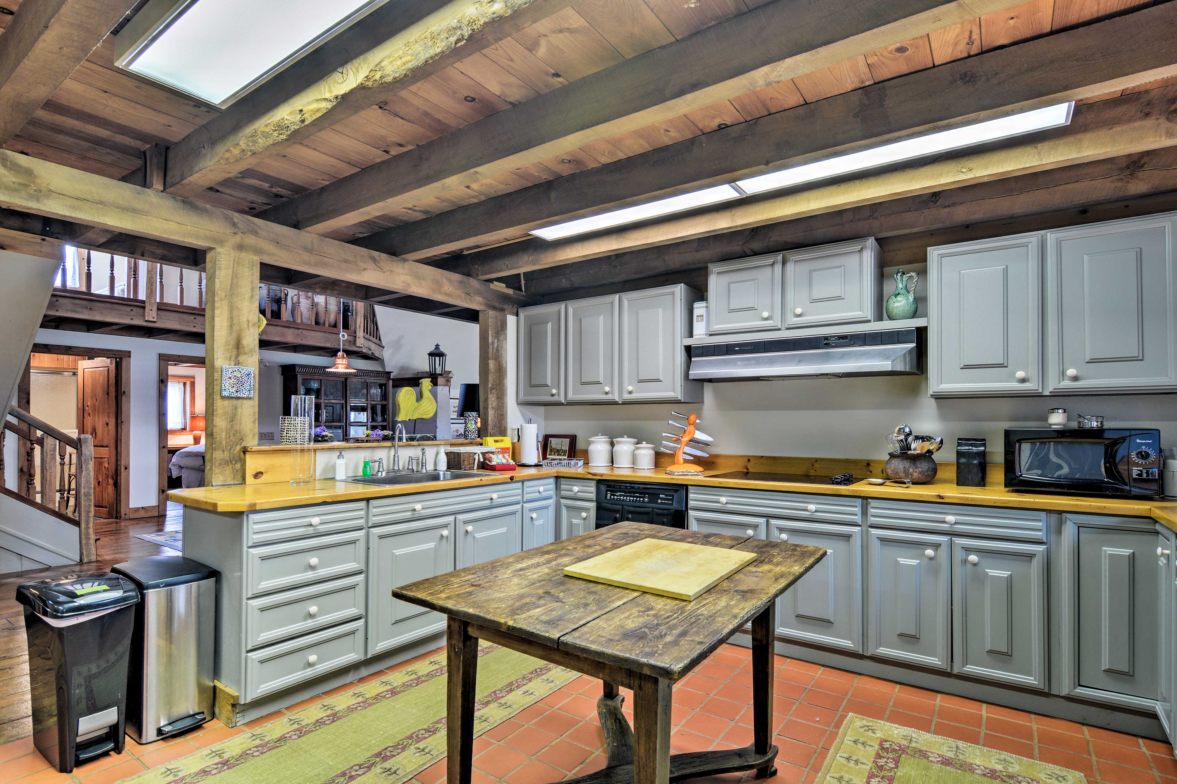 The large, fully equipped kitchen makes skipping the dinner bill simple.