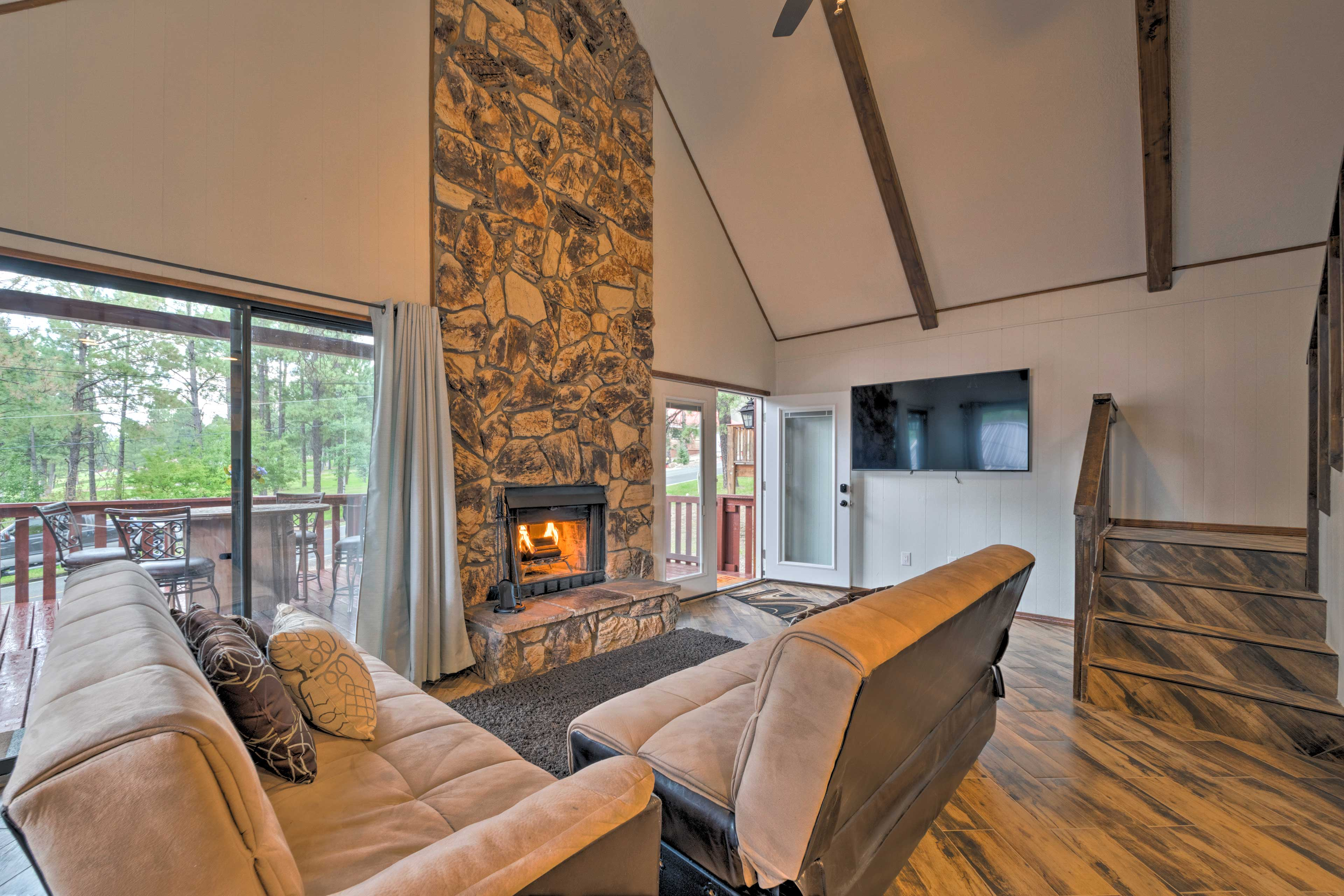 Ruidoso Vacation Rental Cabin | 3BR | 2BA | 1,240 Sq Ft | Stairs Required