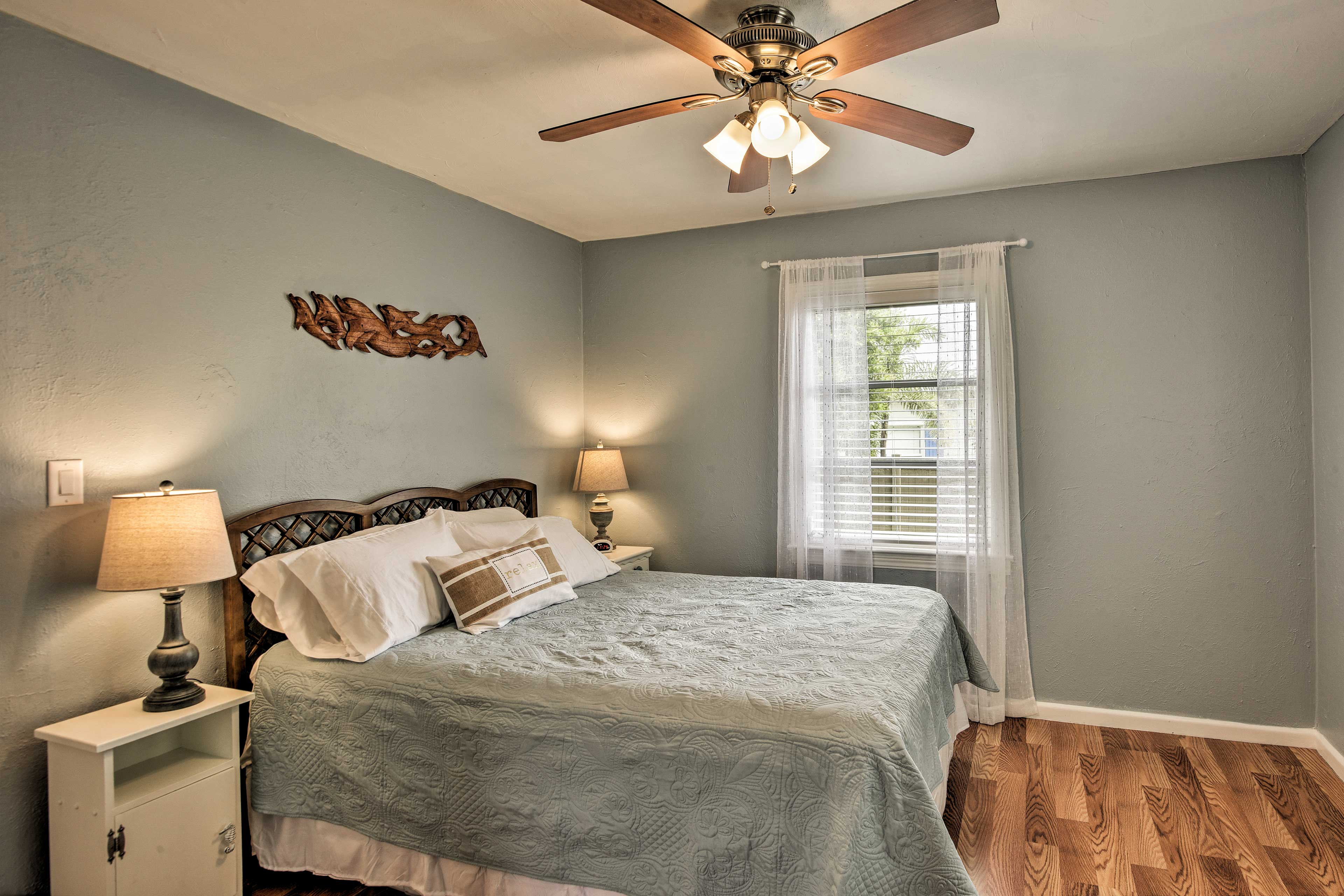 Use the ceiling fan to keep you cool as you drift off to sleep.