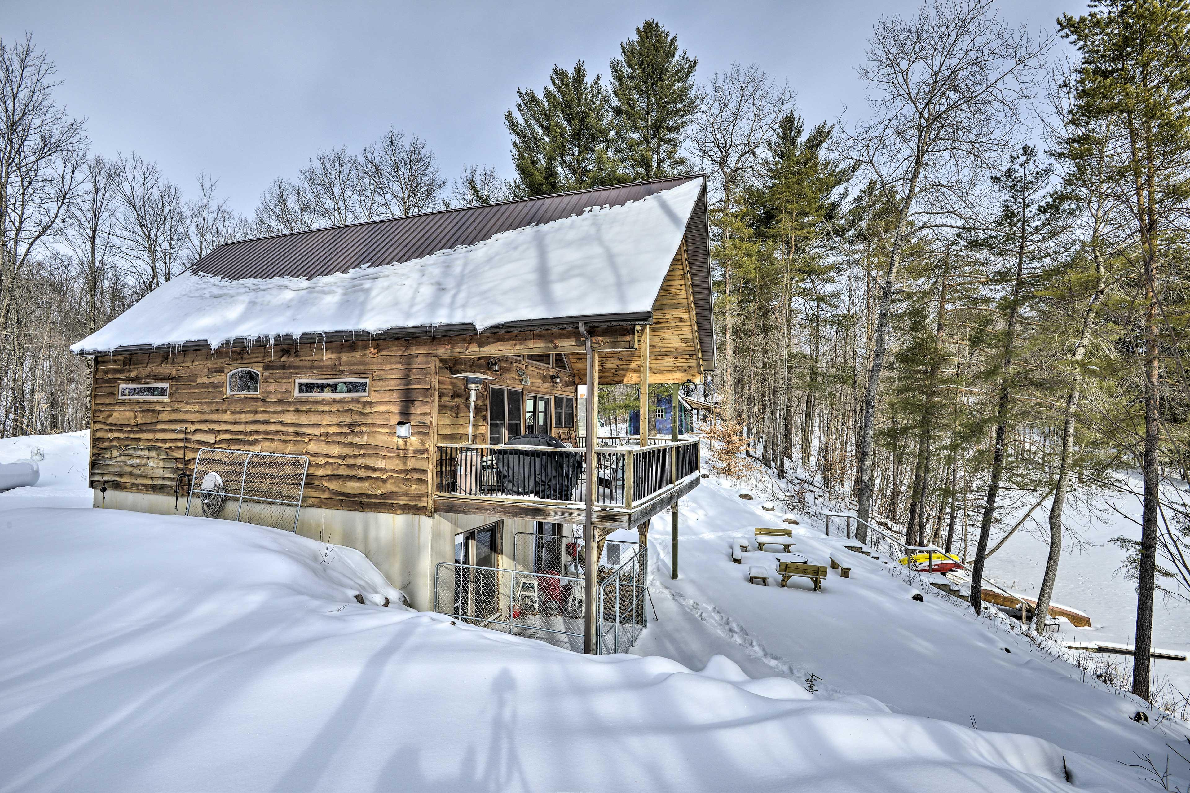 Home Exterior   Top-Notch Adirondack Location