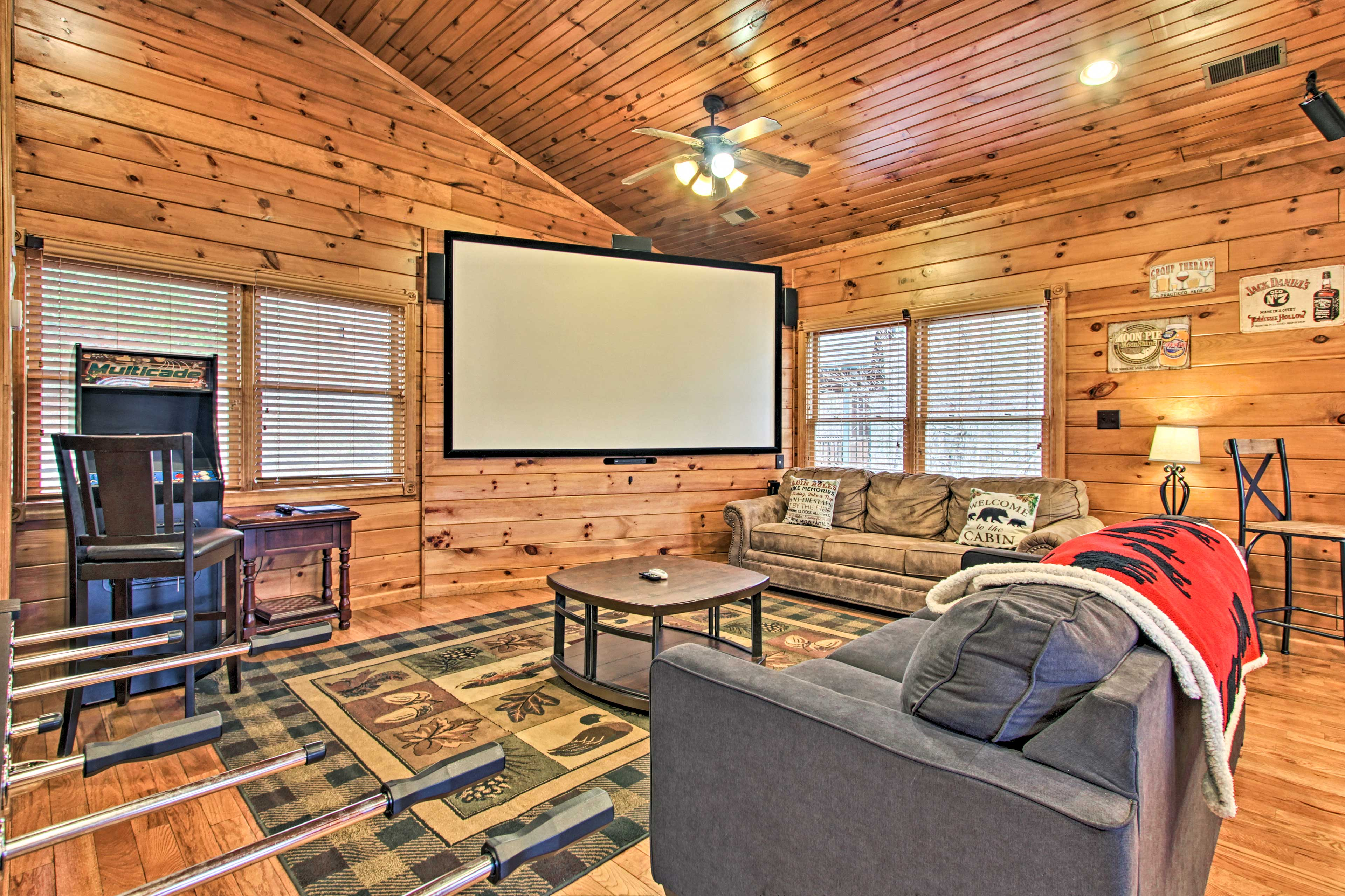 Plan a movie night on the projection screen!