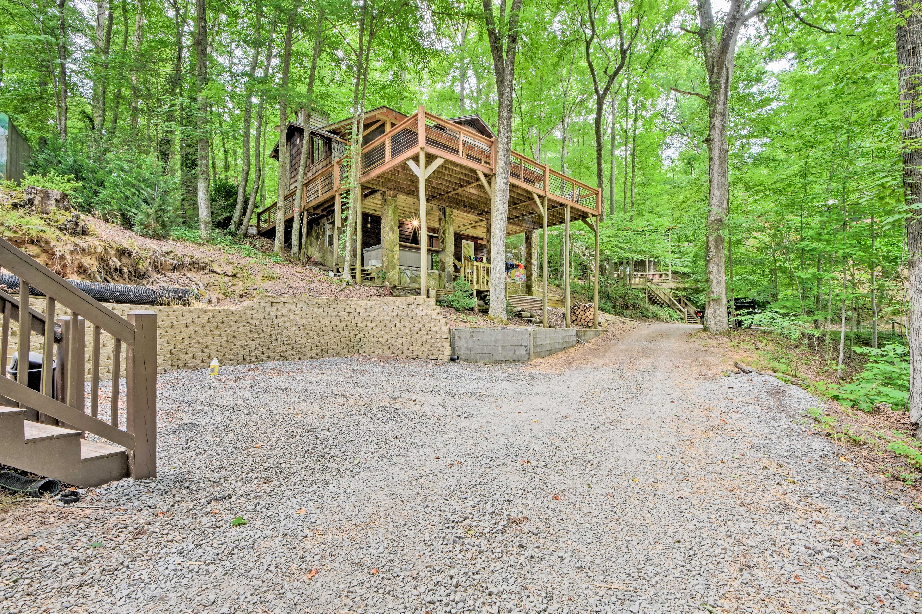 The home is just a short walk from Blue Ridge Lake!