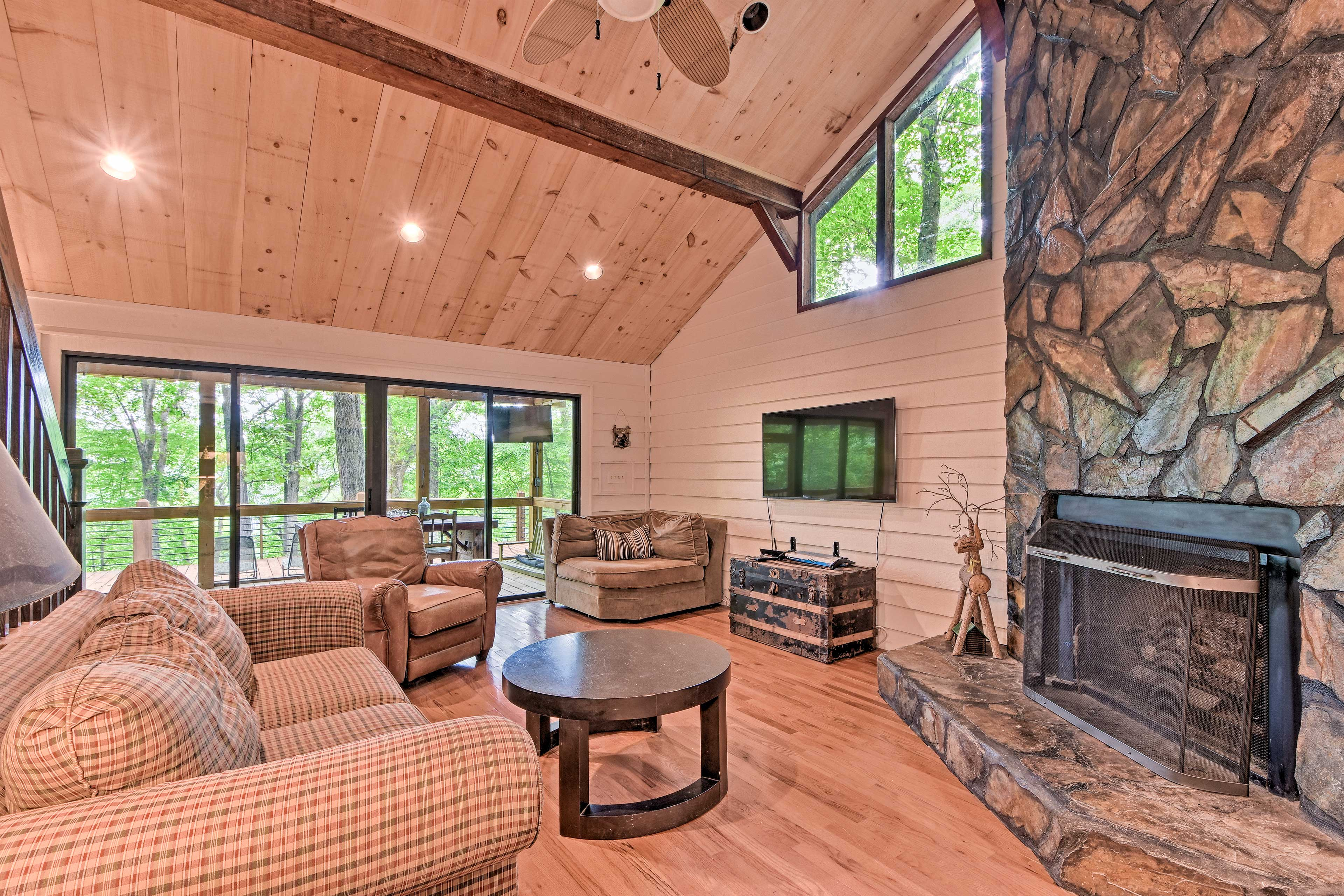 The 3-bedroom, 3-bath home provides plenty of room for your group of 8.