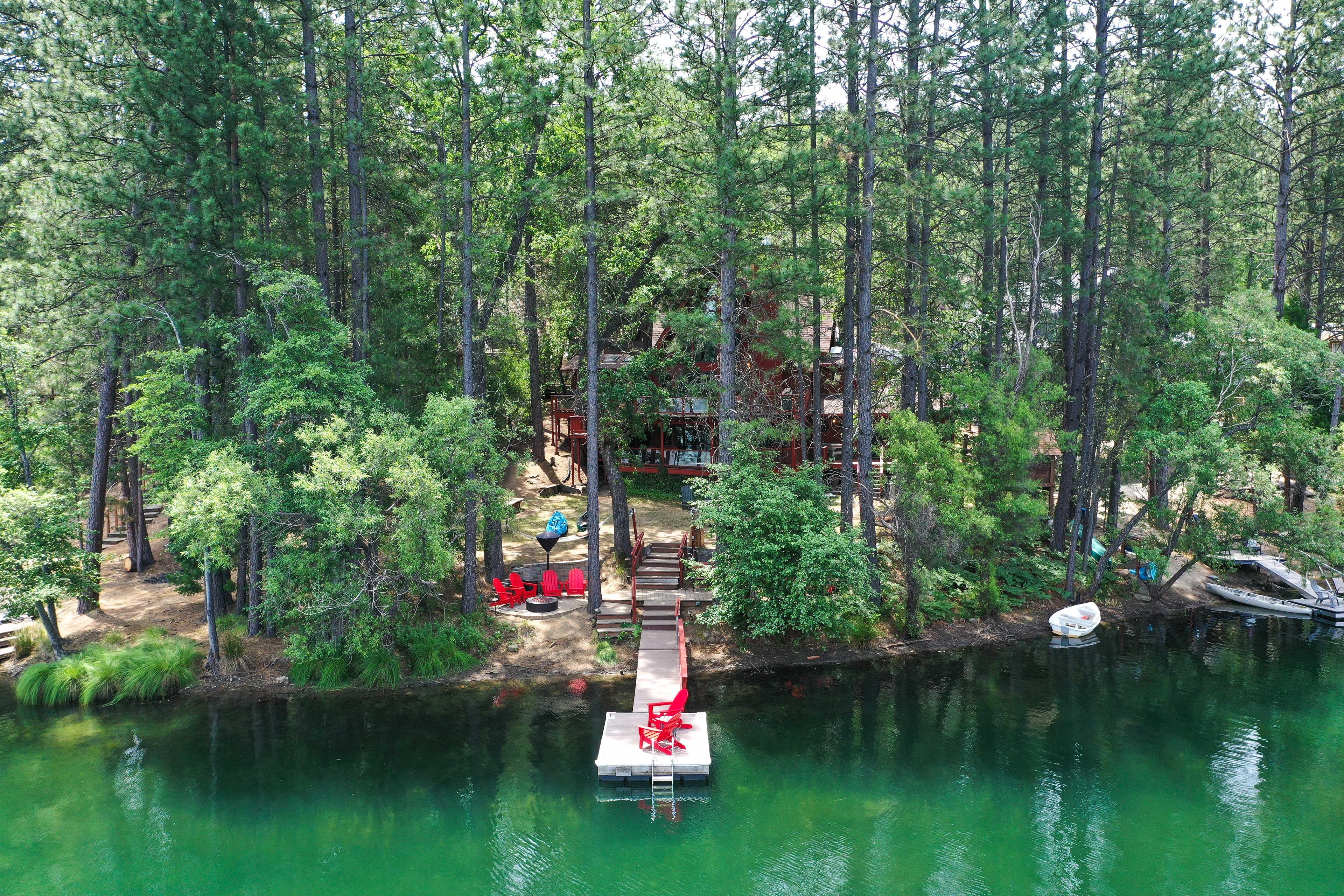 Groveland Vacation Rental   4BR   4BA   3,600 Sq Ft