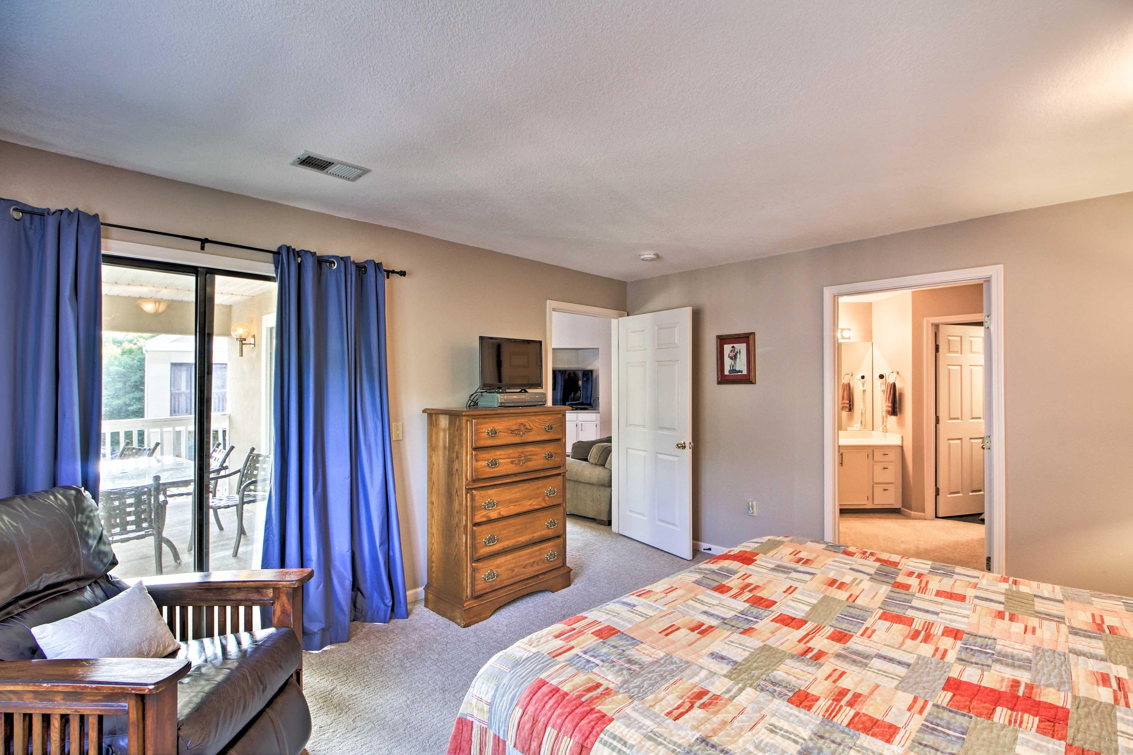 Bedroom 1 | Private Balcony Access | En-Suite Bathroom