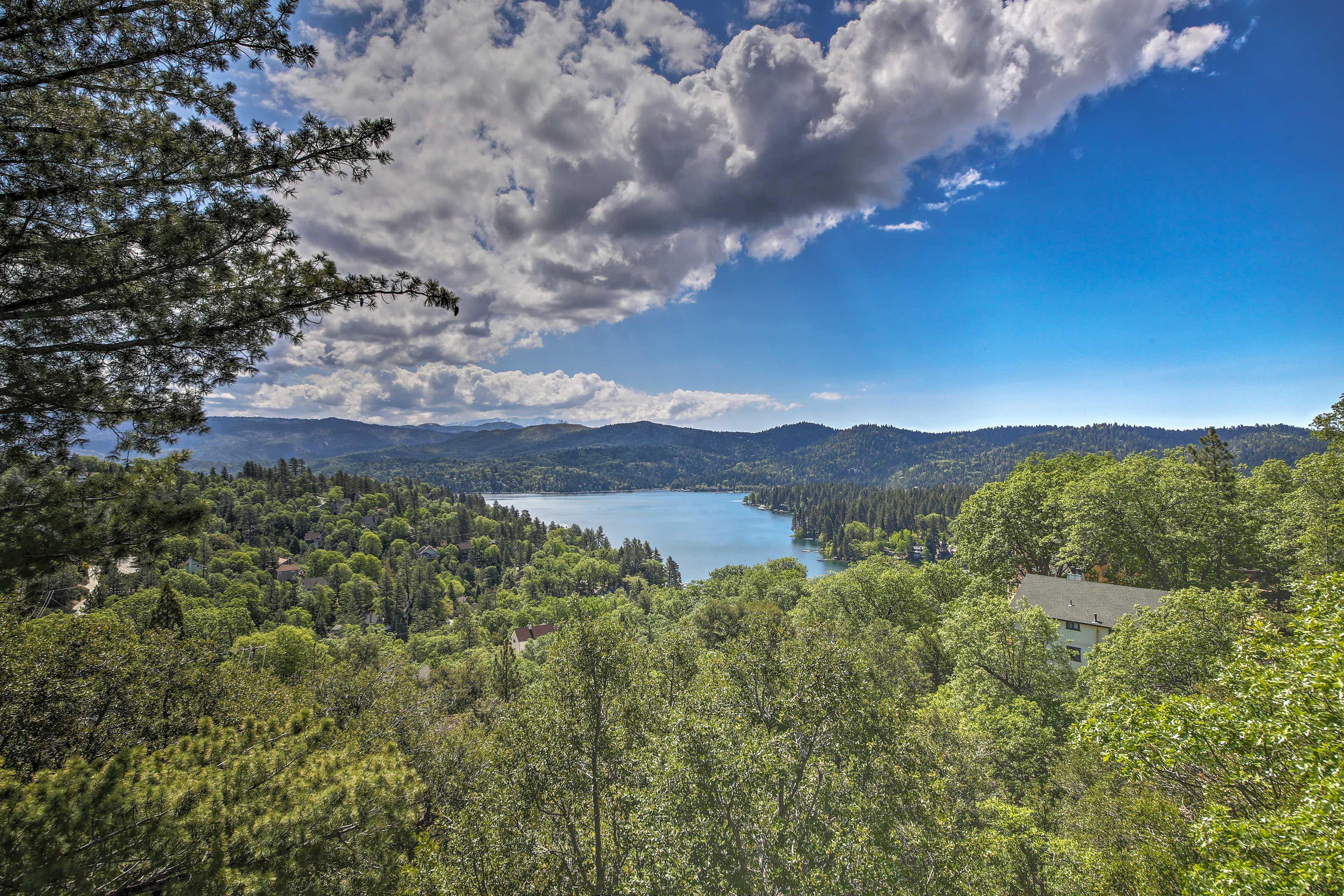 Try to find highlights of the lake from your very own deck.
